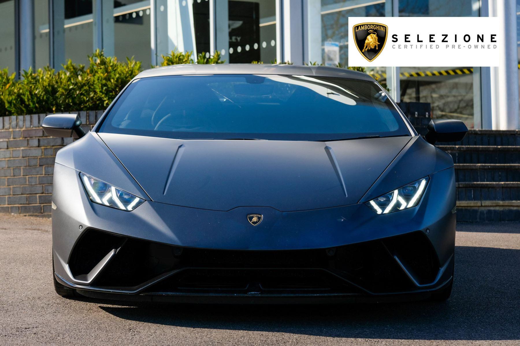 Lamborghini Huracan Performante LP 640-4 2dr LDF - Carbon Ceramic Brakes - Carbon Fiber Features - Comfort Seats image 5