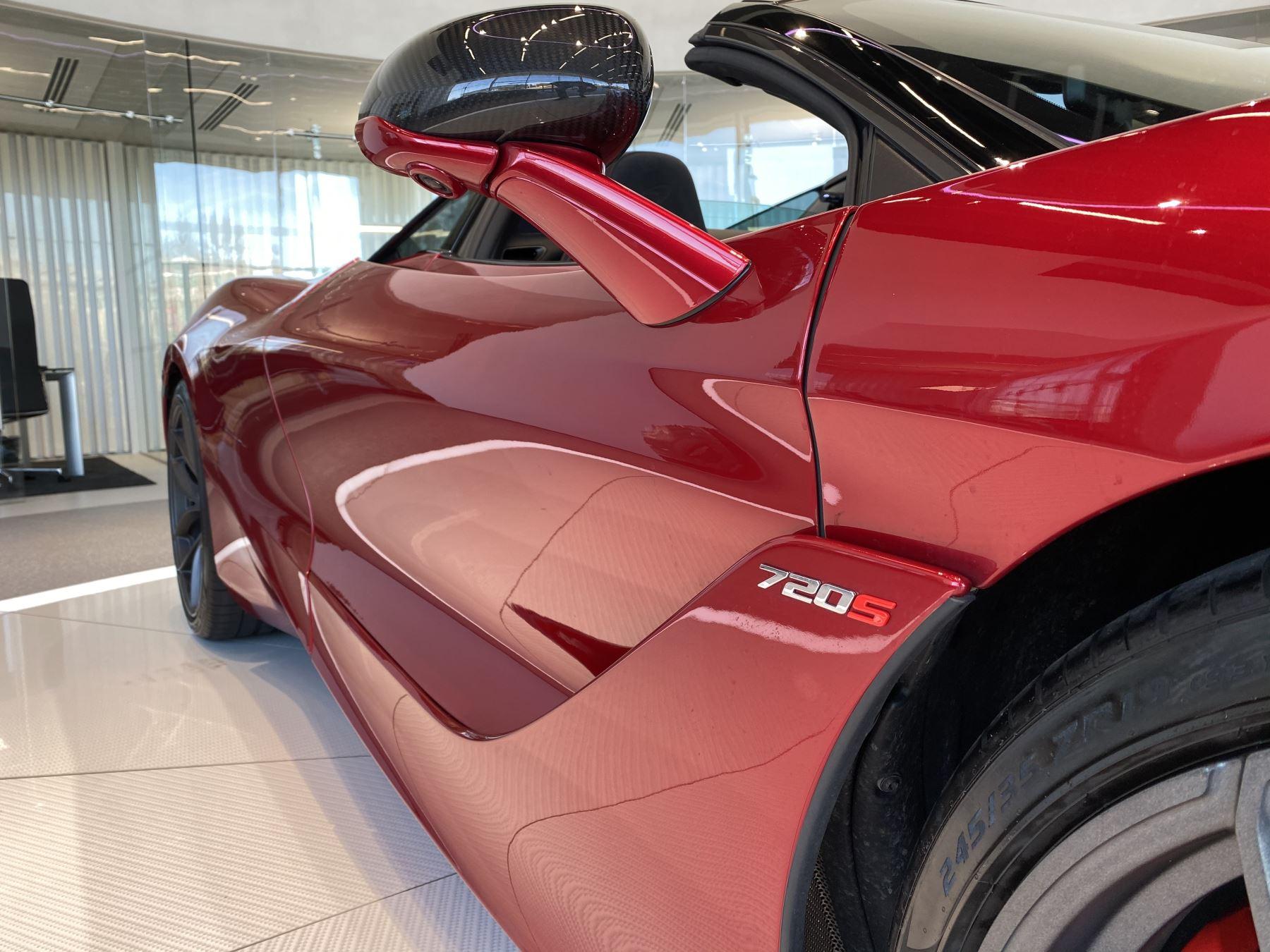 McLaren 720S Spider V8 2dr SSG image 6