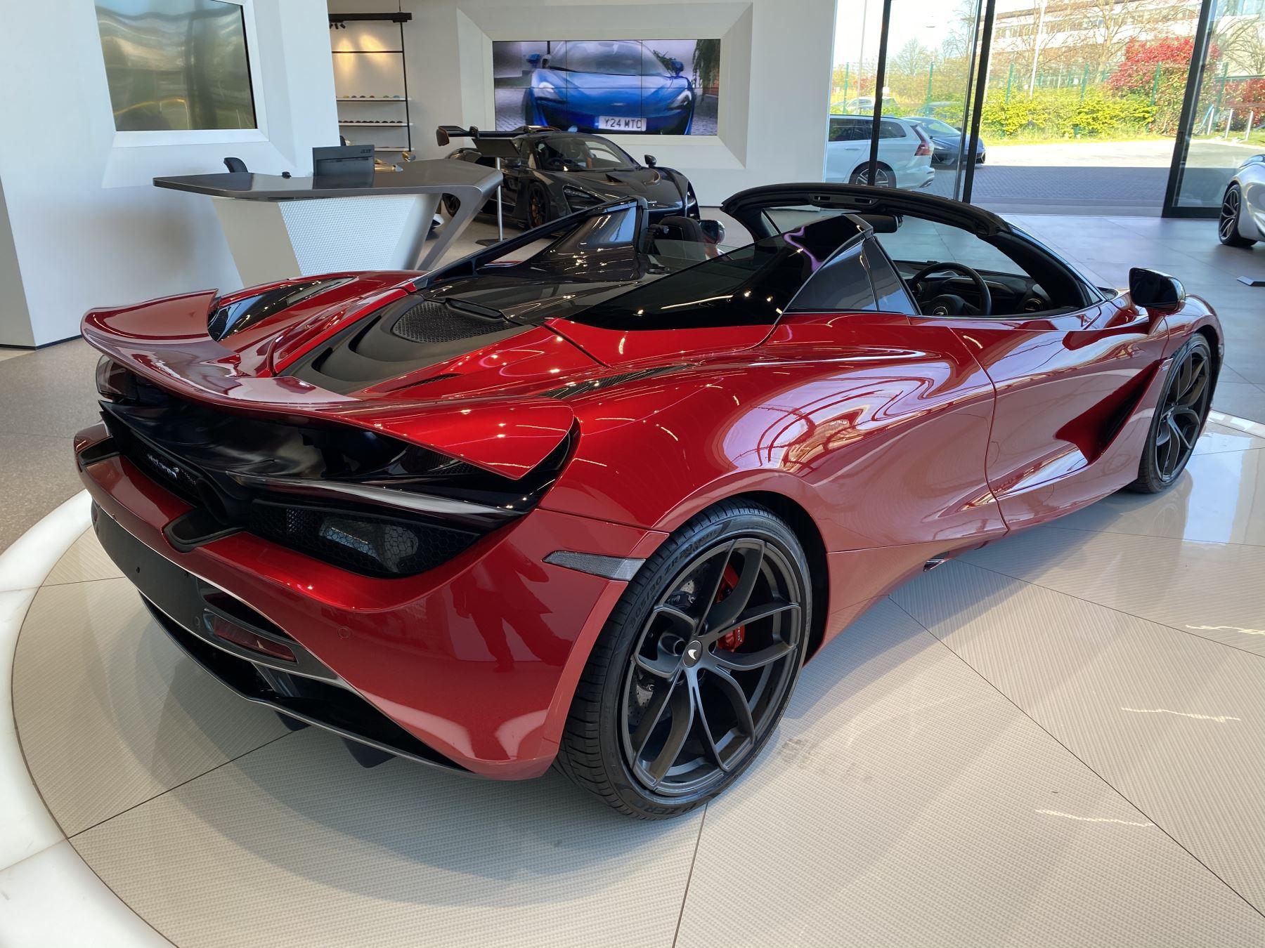 McLaren 720S Spider V8 2dr SSG image 8