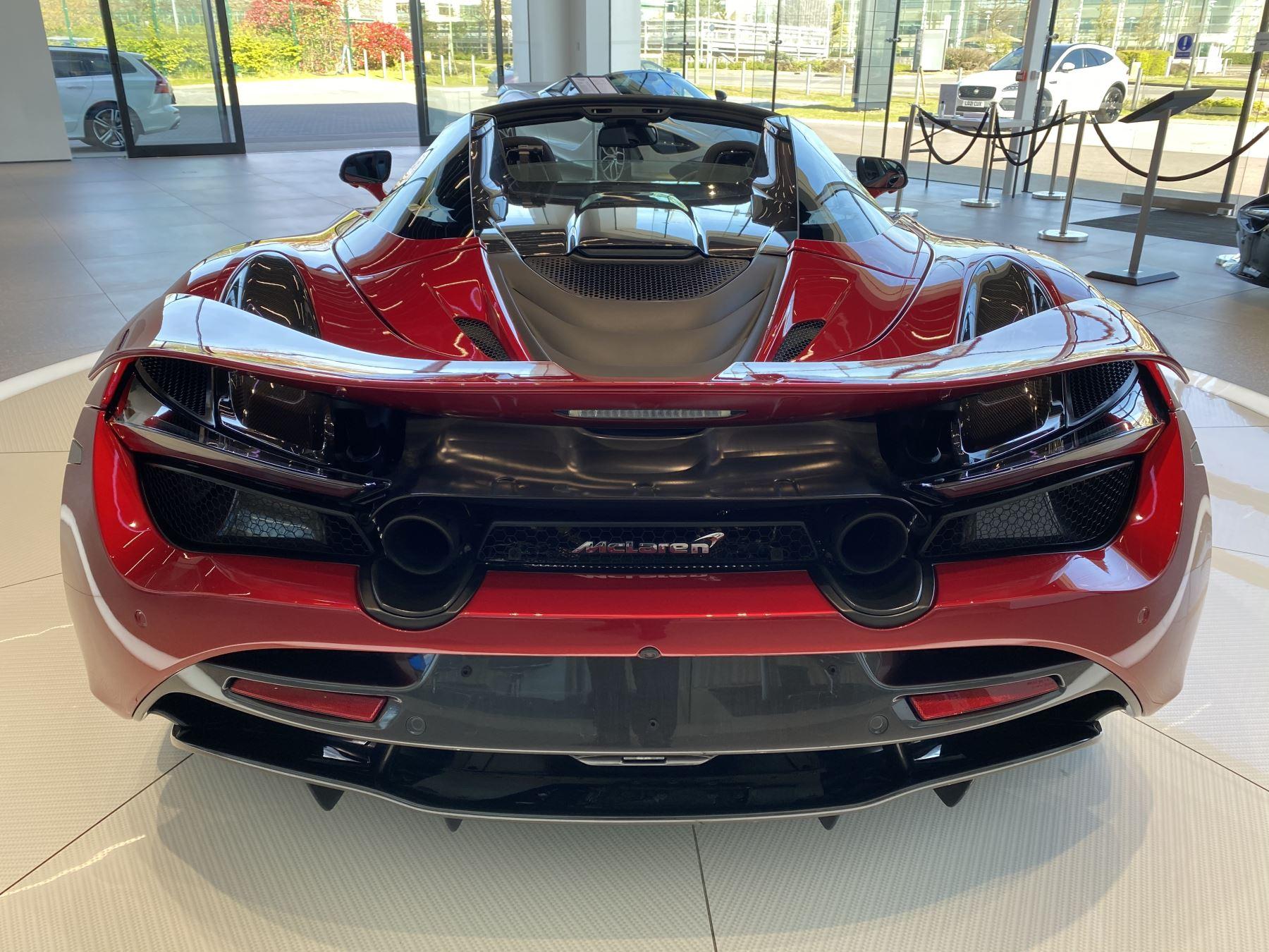 McLaren 720S Spider V8 2dr SSG image 10