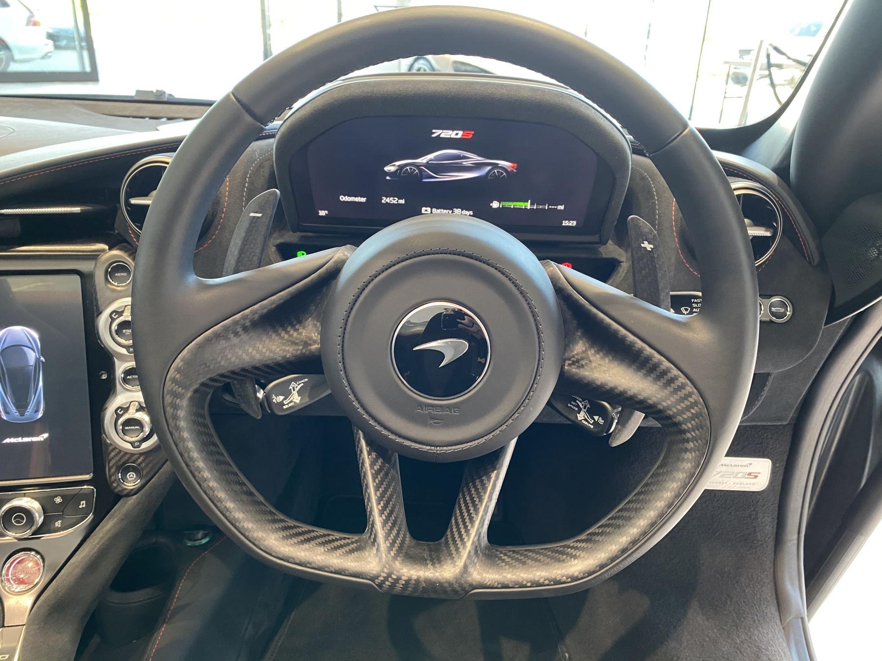 McLaren 720S Spider V8 2dr SSG image 19