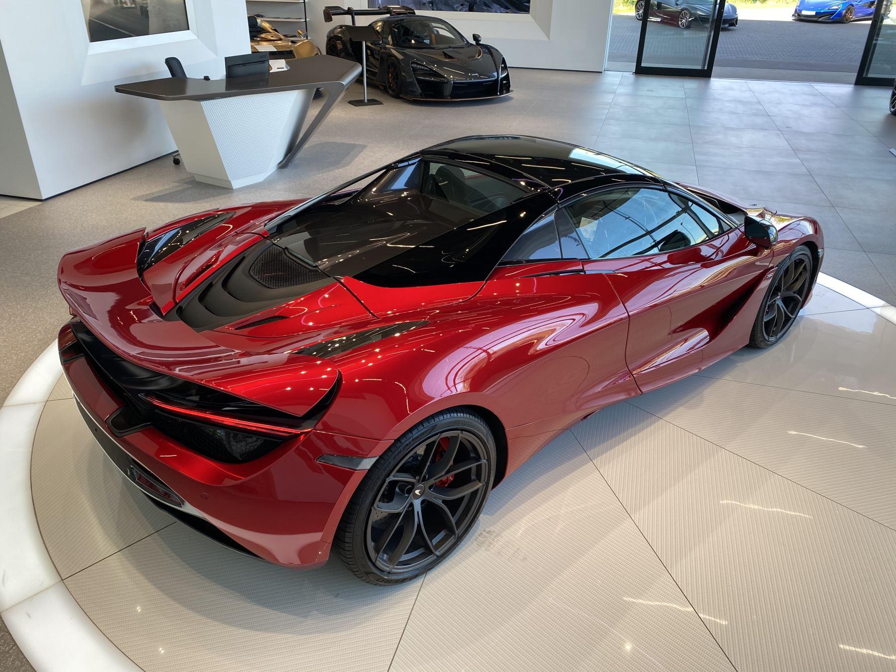 McLaren 720S Spider V8 2dr SSG image 28