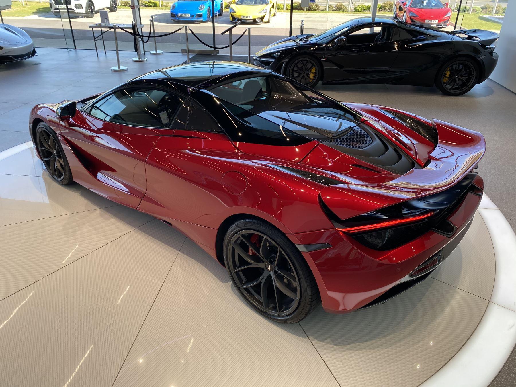 McLaren 720S Spider V8 2dr SSG image 30