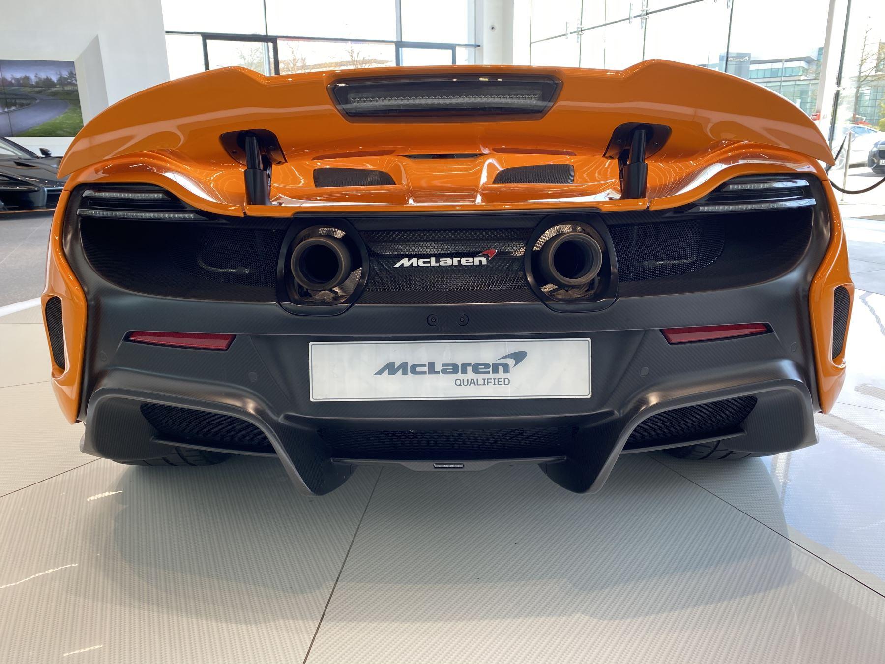 McLaren 675LT COUPE CLUBSPORT PACK image 6