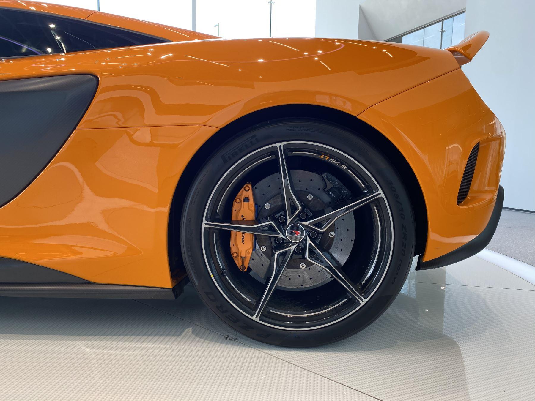 McLaren 675LT COUPE CLUBSPORT PACK image 11