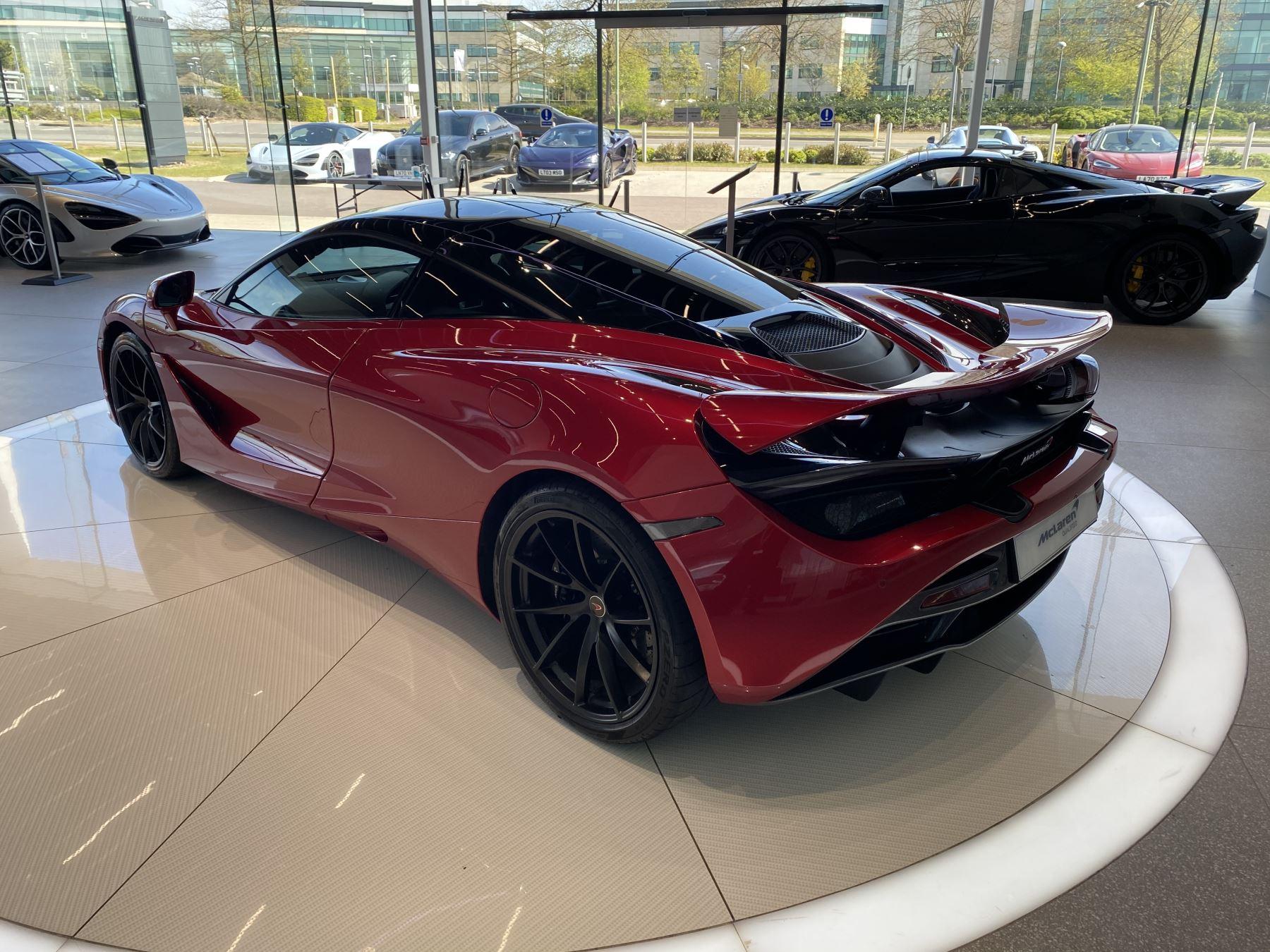 McLaren 720S V8 2dr SSG image 11