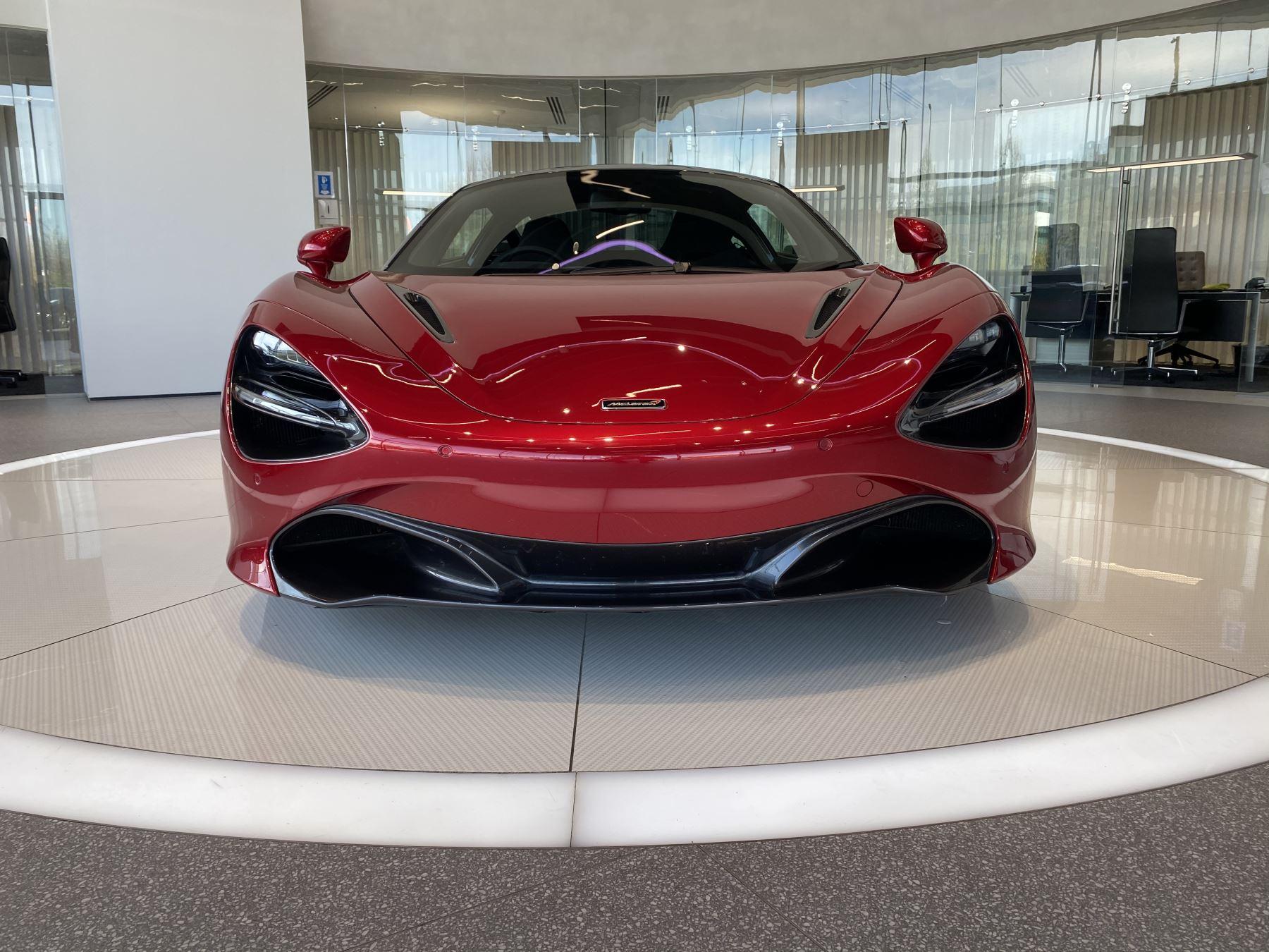 McLaren 720S V8 2dr SSG image 17