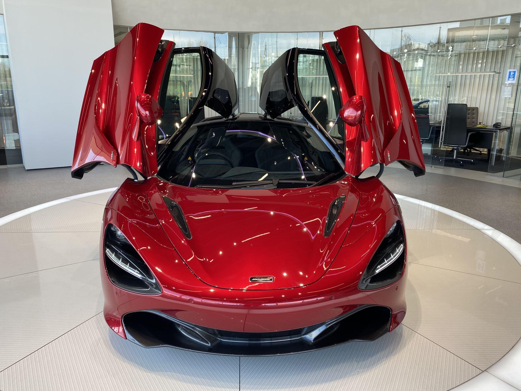 McLaren 720S V8 2dr SSG image 25