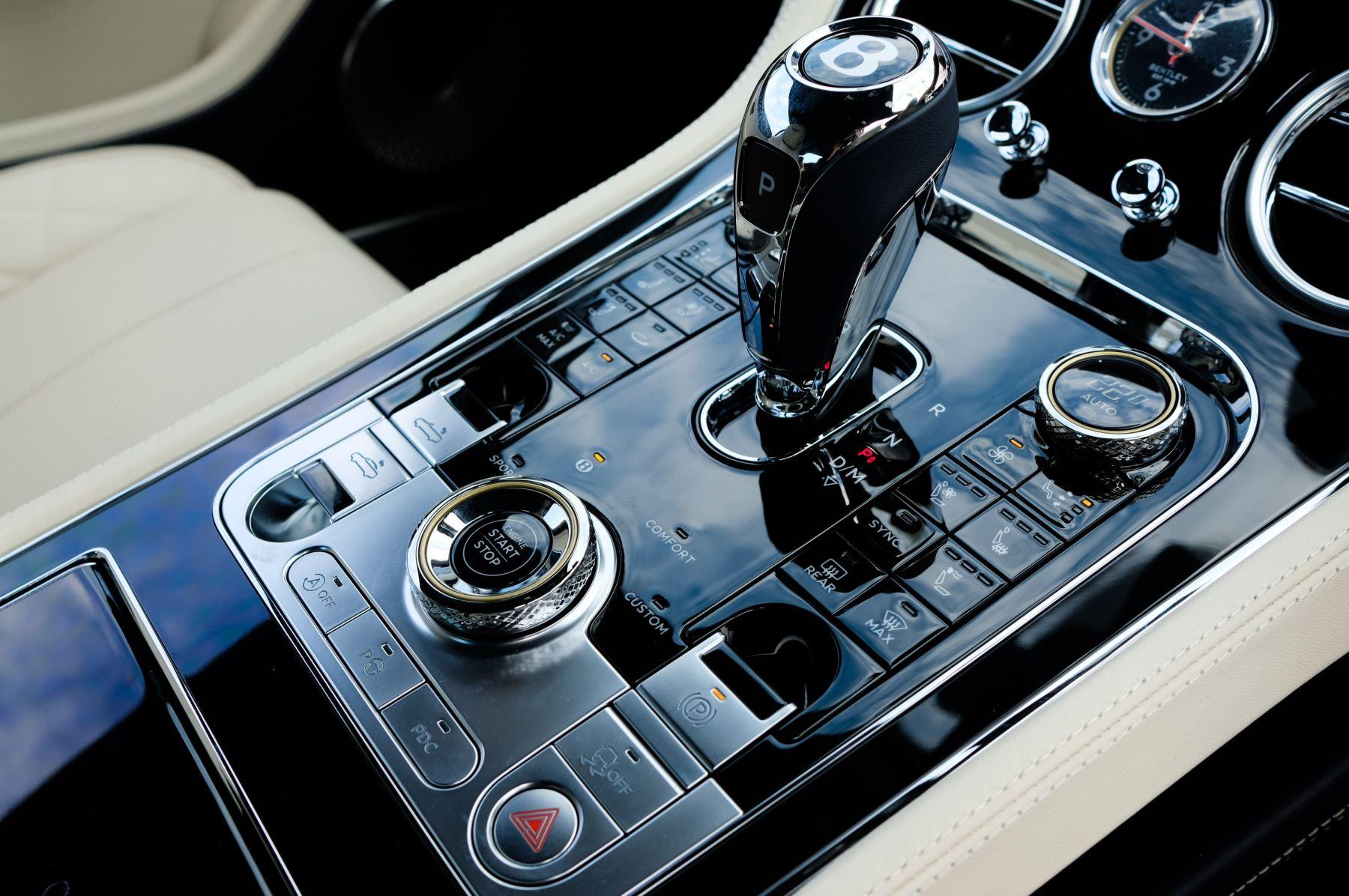 Bentley Continental GTC 4.0 V8 Mulliner Edition 2dr Auto [Tour Spec] image 20