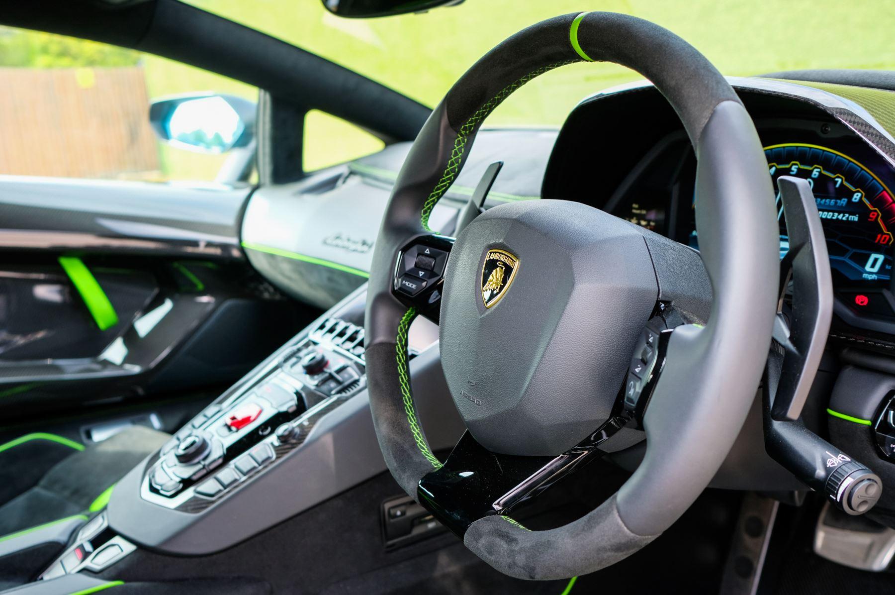 Lamborghini Aventador SVJ Coupe LP 770-4 SVJ image 15