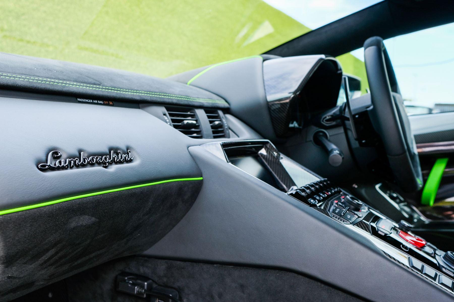 Lamborghini Aventador SVJ Coupe LP 770-4 SVJ image 17