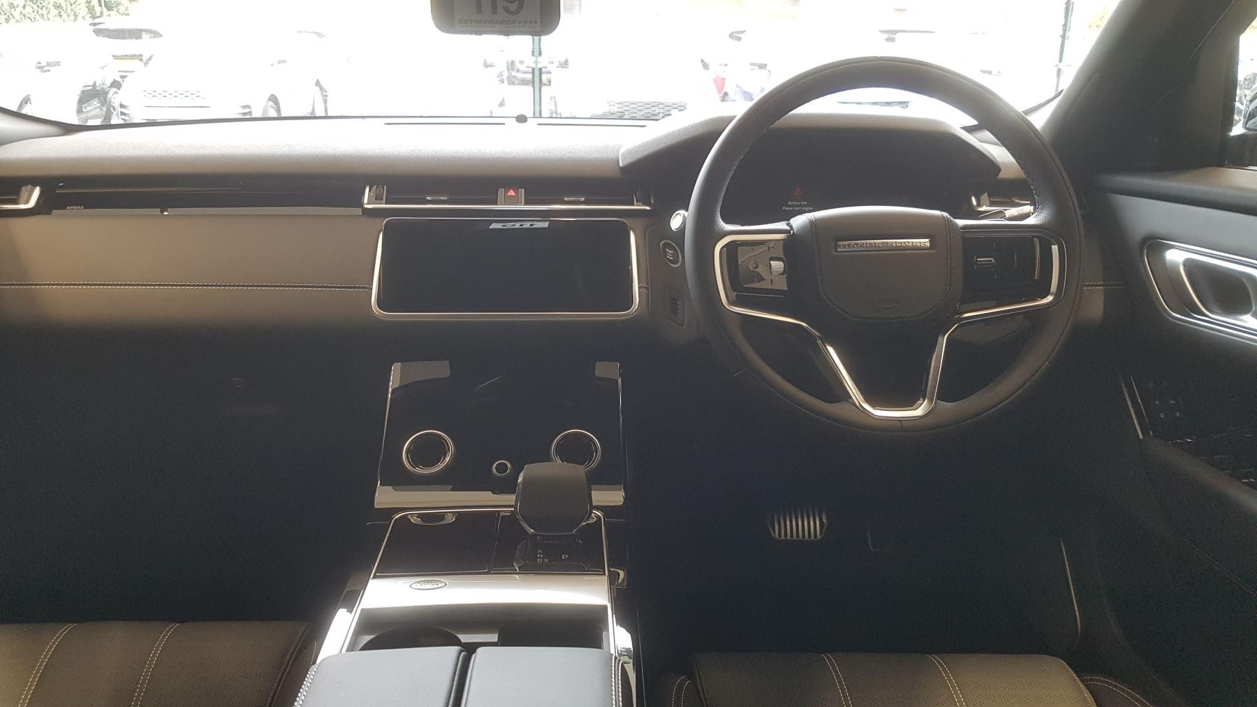 Land Rover Range Rover Velar 3.0 P400 R-Dynamic HSE image 8