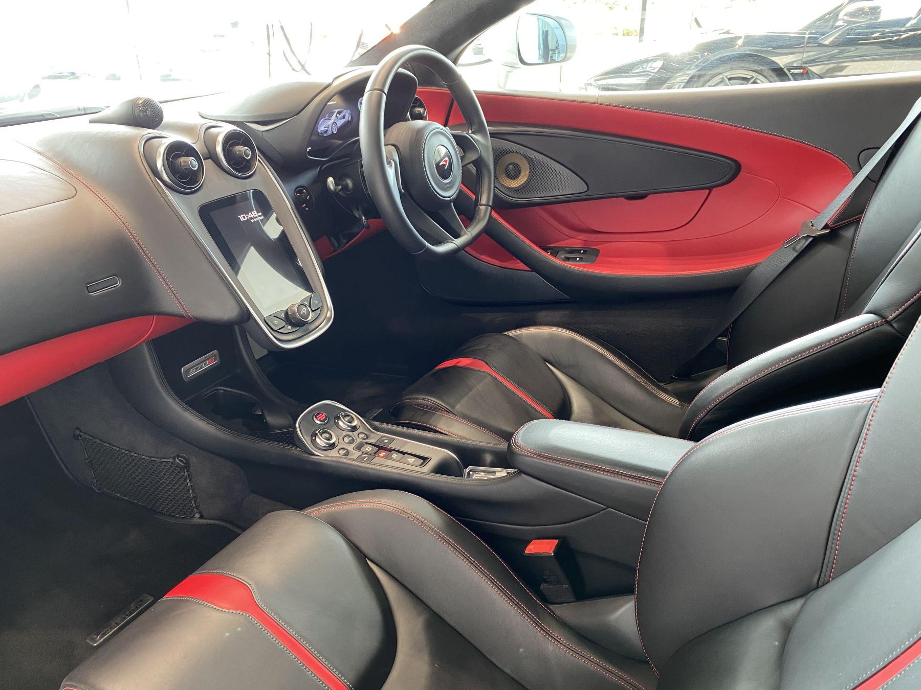 McLaren 570S Coupe V8 2dr SSG image 29
