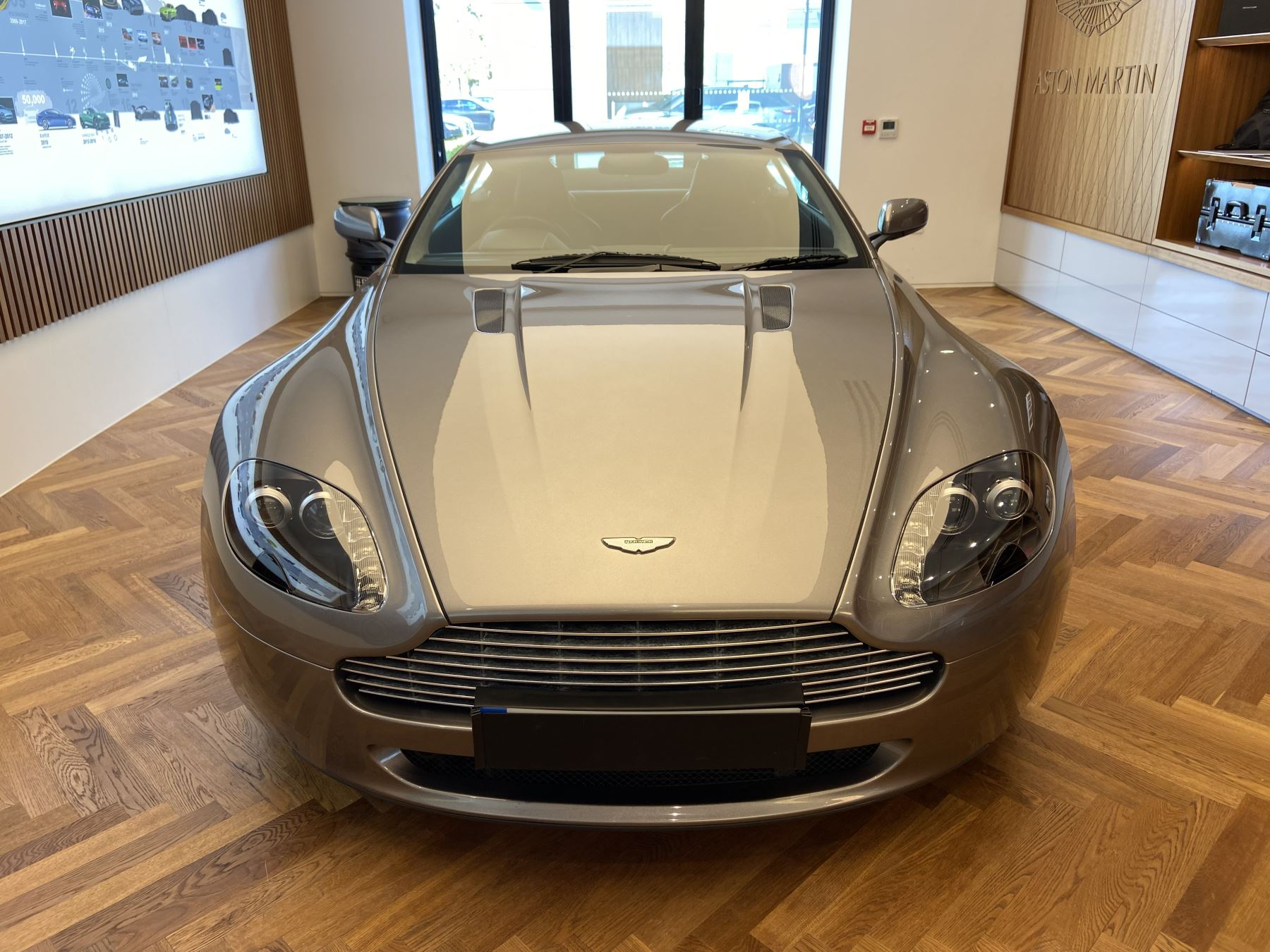 Aston Martin V8 Vantage 2dr 4.3 3 door Coupe