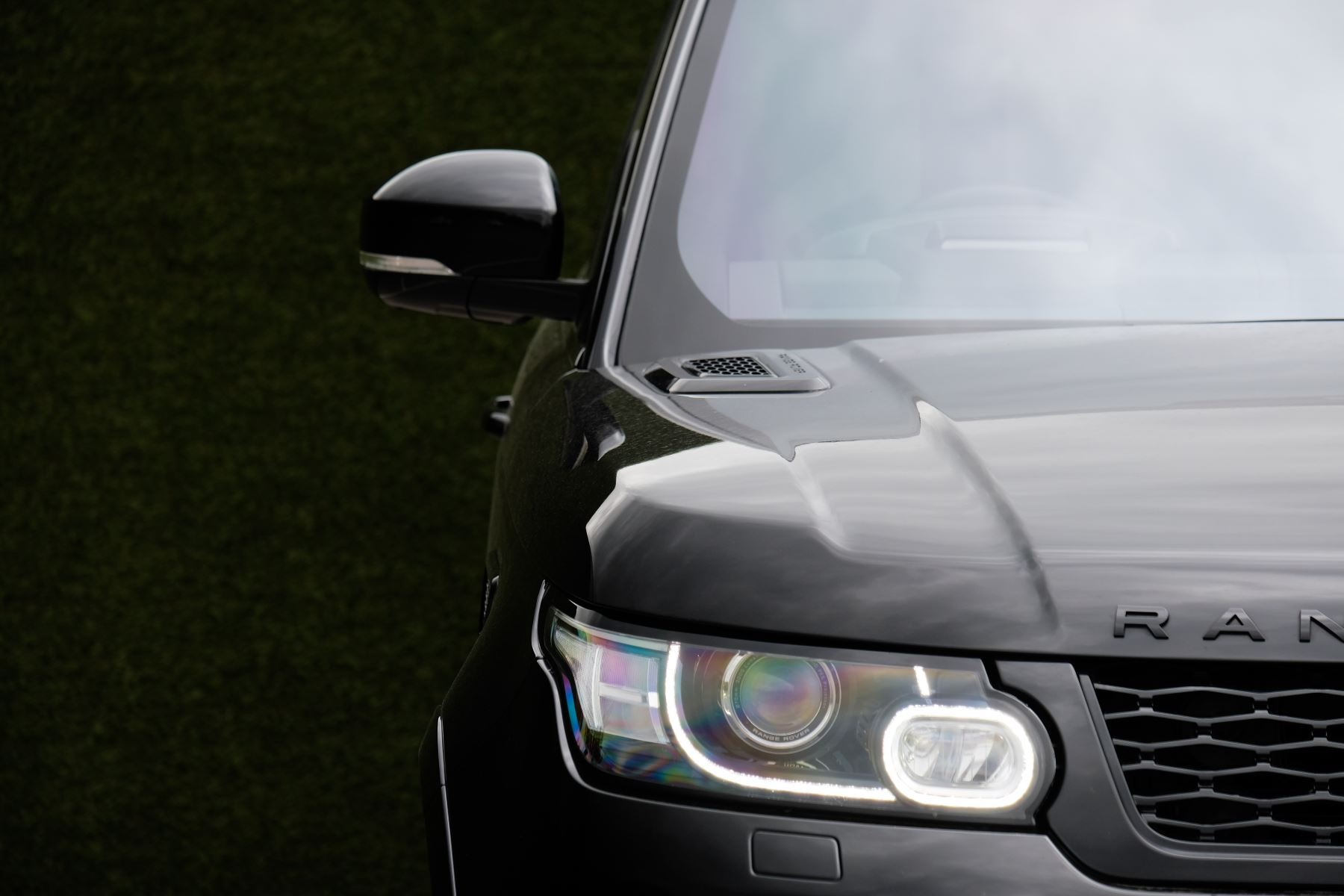 Land Rover Range Rover Sport 5.0 V8 S/C SVR 5dr image 3
