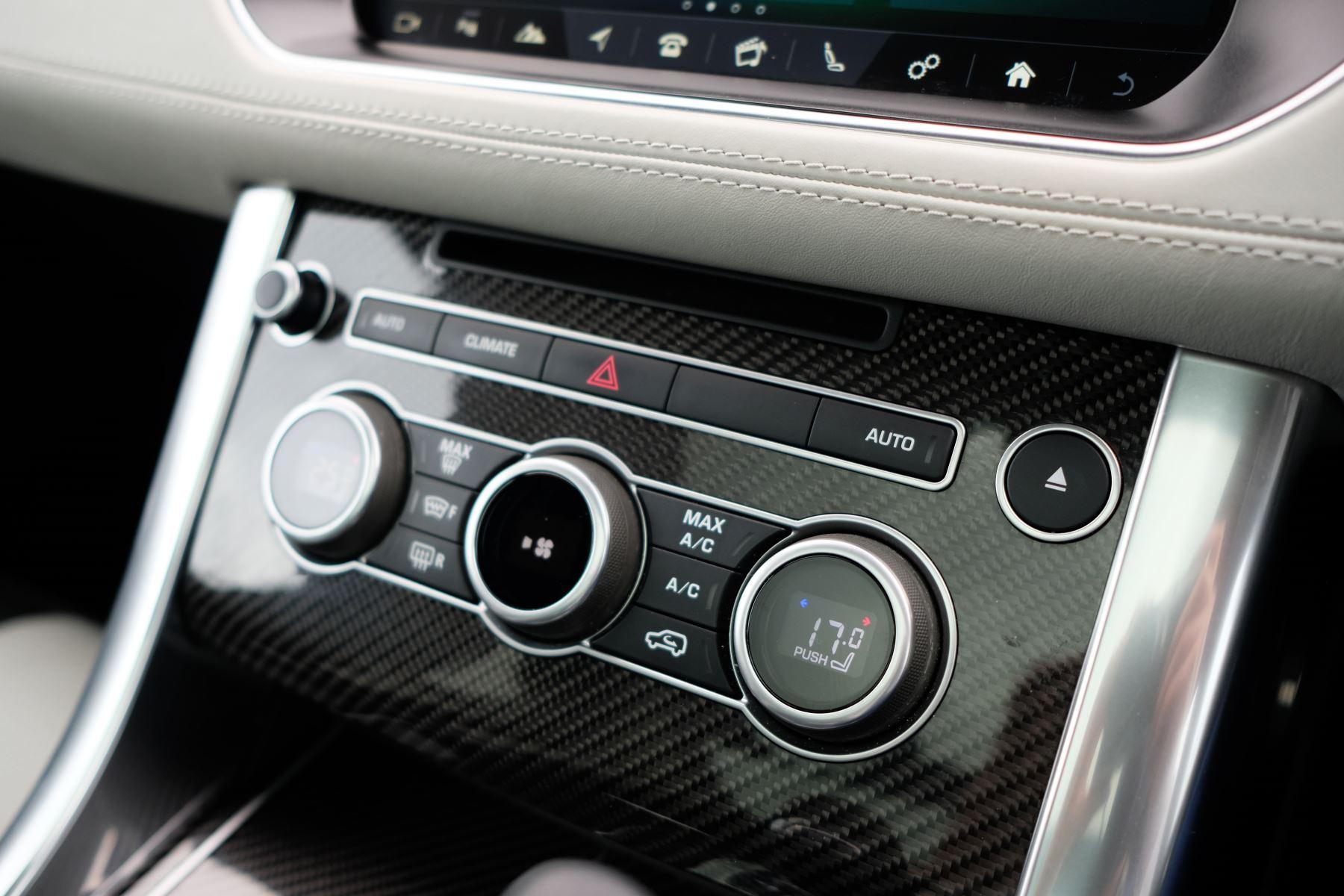 Land Rover Range Rover Sport 5.0 V8 S/C SVR 5dr image 21