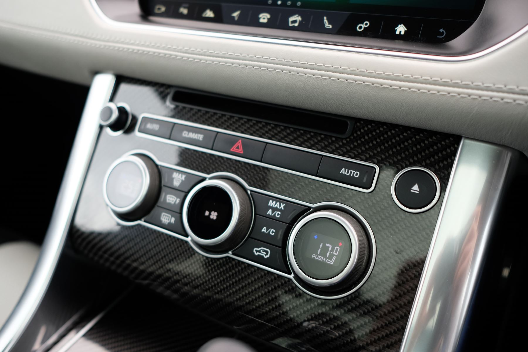 Land Rover Range Rover Sport 5.0 V8 S/C SVR 5dr image 33