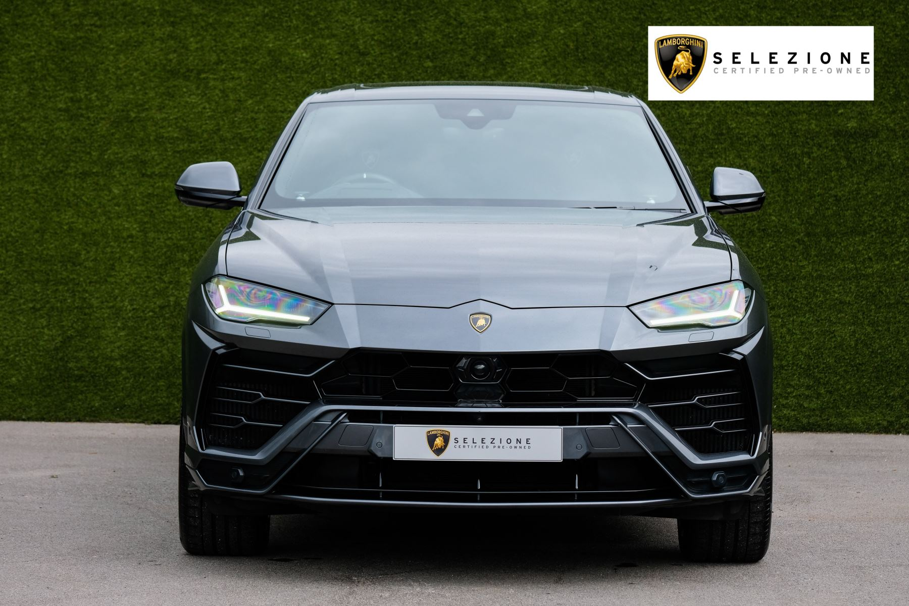 Lamborghini Urus 4.0T FSI V8 5dr image 5