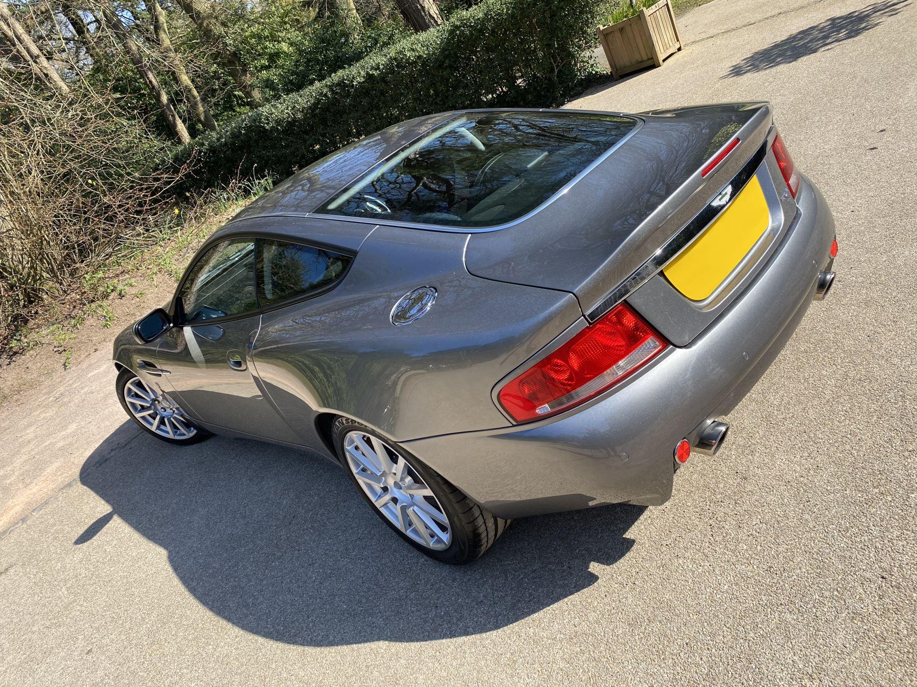 Aston Martin Vanquish S S V12 2+2 2dr image 9