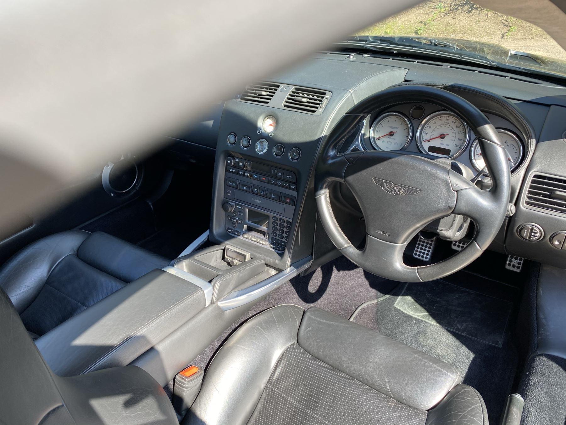 Aston Martin Vanquish S S V12 2+2 2dr image 18