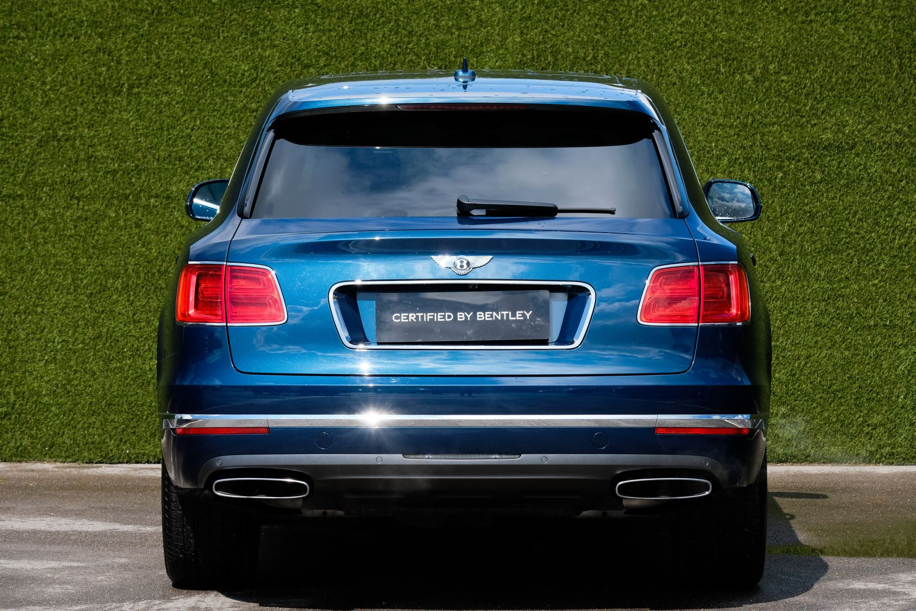 Bentley Bentayga 6.0 W12 - All Terrain, Sunshine, City and Touring Specification image 5
