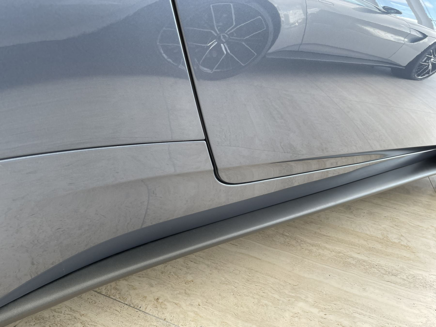 Aston Martin DB11 V8 Touchtronic image 17