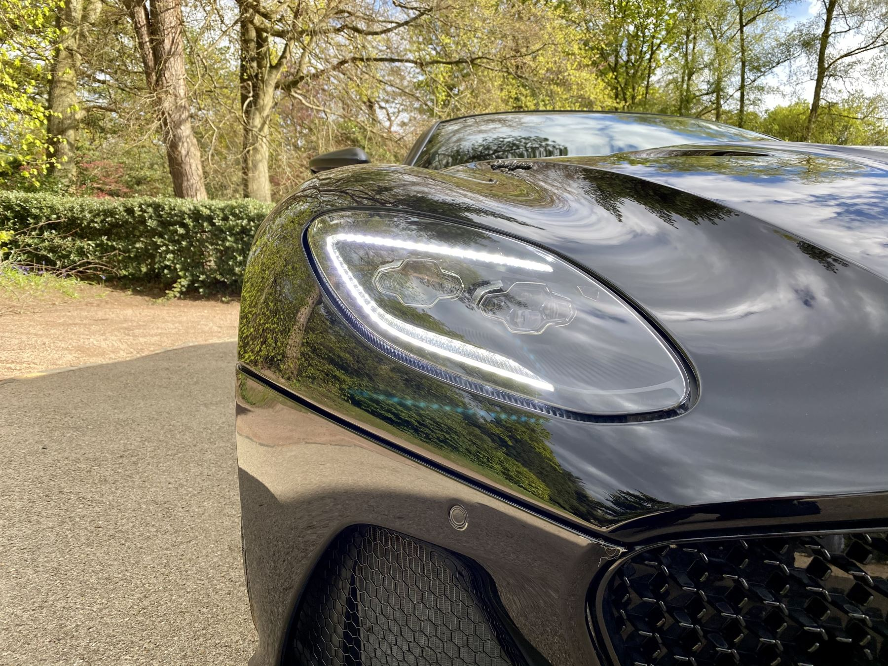 Aston Martin DBS V12 Superleggera 2dr Touchtronic Tag Edition  1 of 50 produced worldwide  image 35