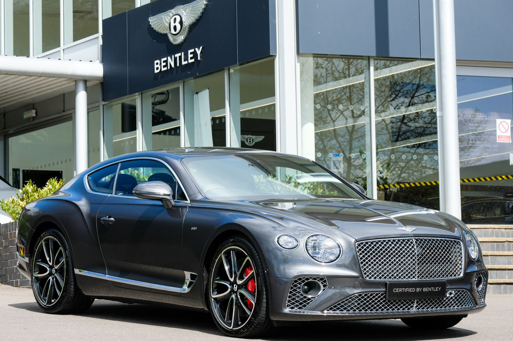 Bentley Continental GT 4.0 V8 - City, Touring and Mulliner Driving Specifications  Automatic 4 door Coupe