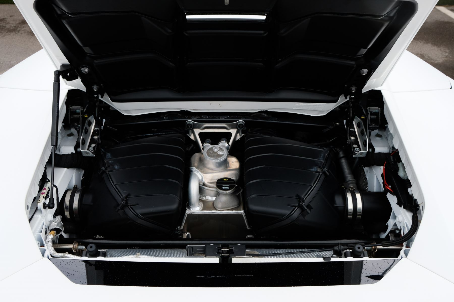 Lamborghini Huracan EVO Spyder LP 610-4 2dr LDF image 8