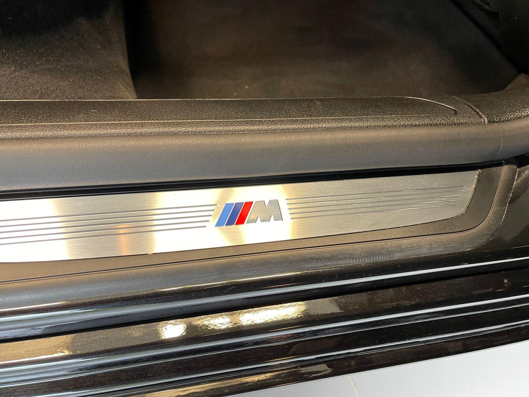 BMW 7 Series 760Li M Sport image 33
