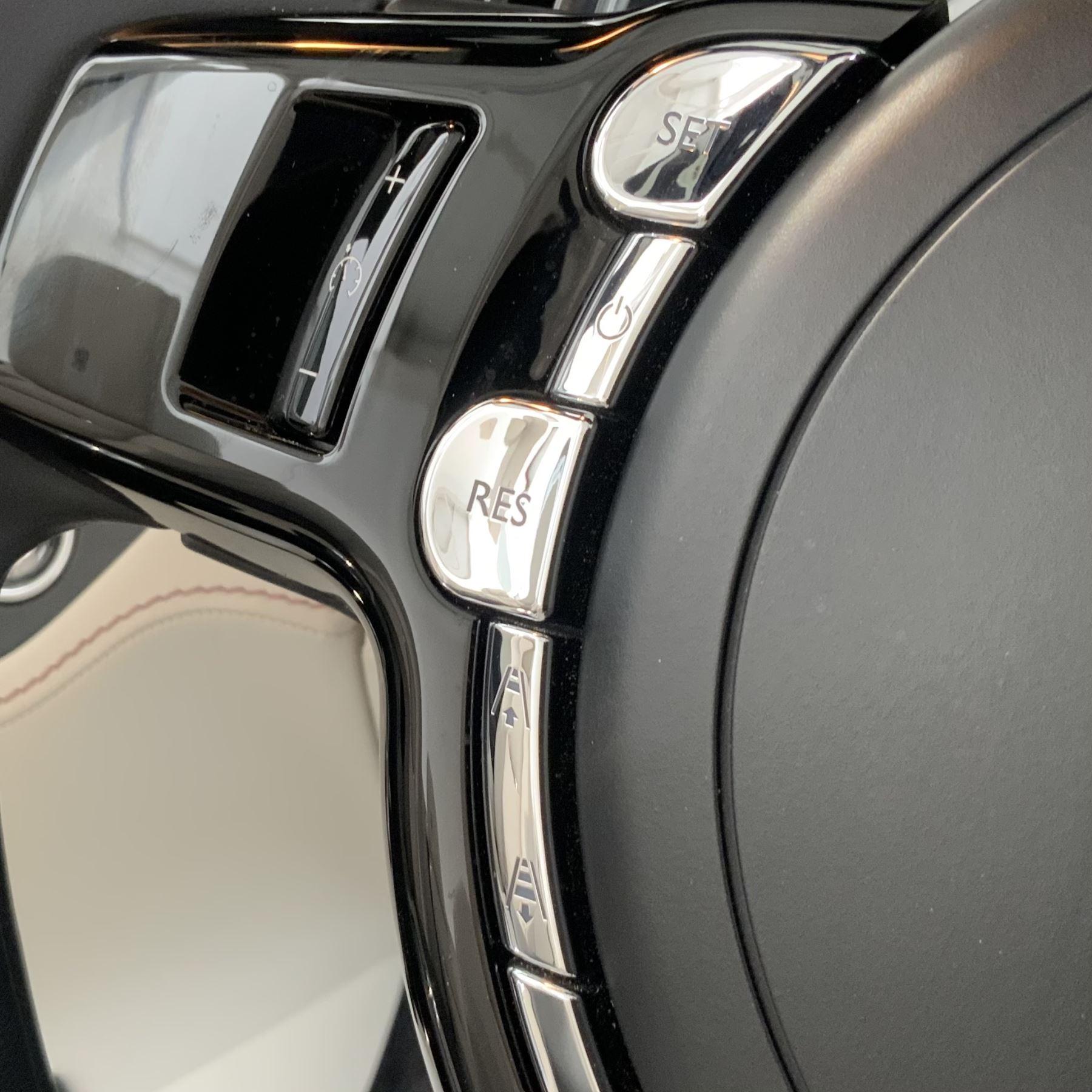 Rolls-Royce Dawn 2dr Auto image 31