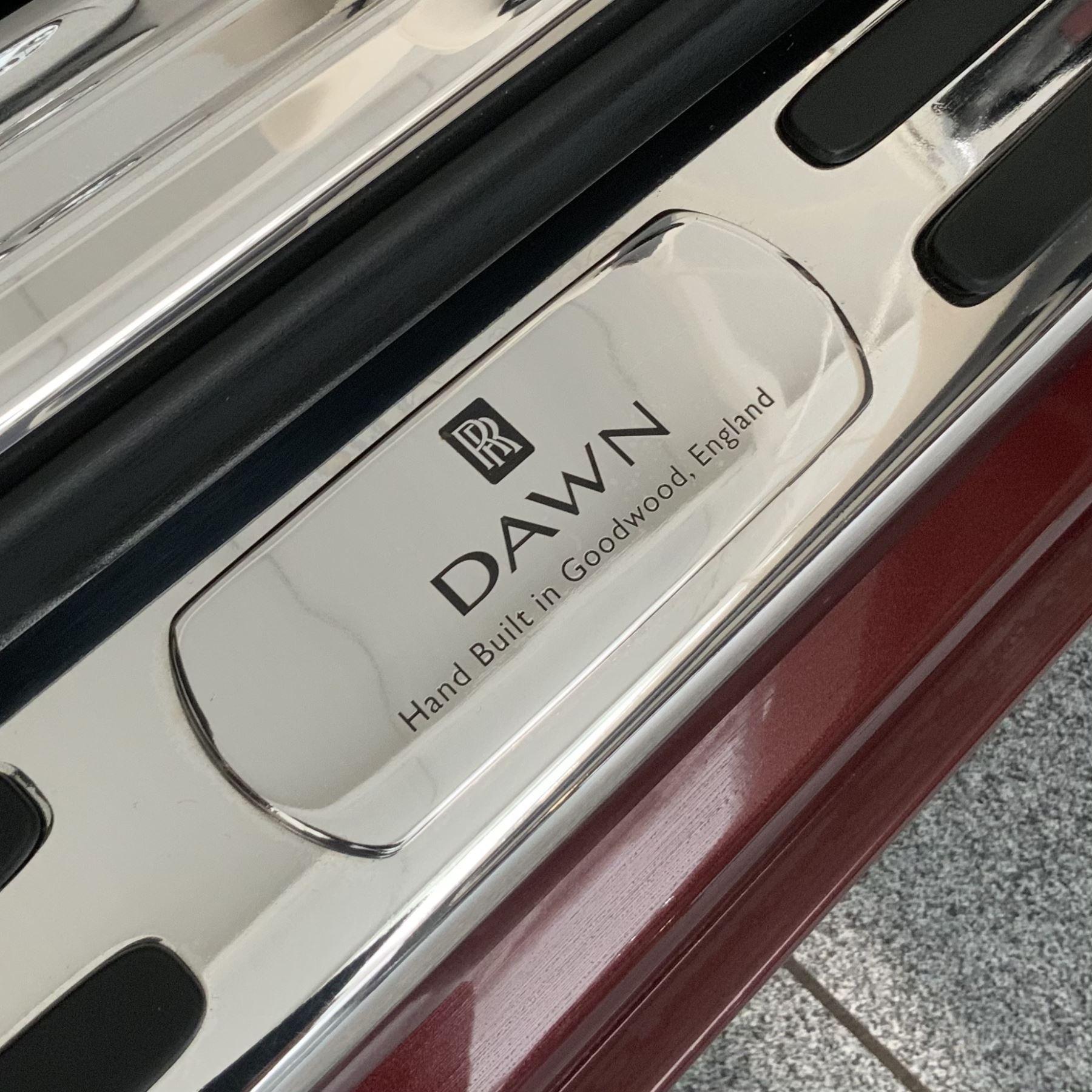 Rolls-Royce Dawn 2dr Auto image 34