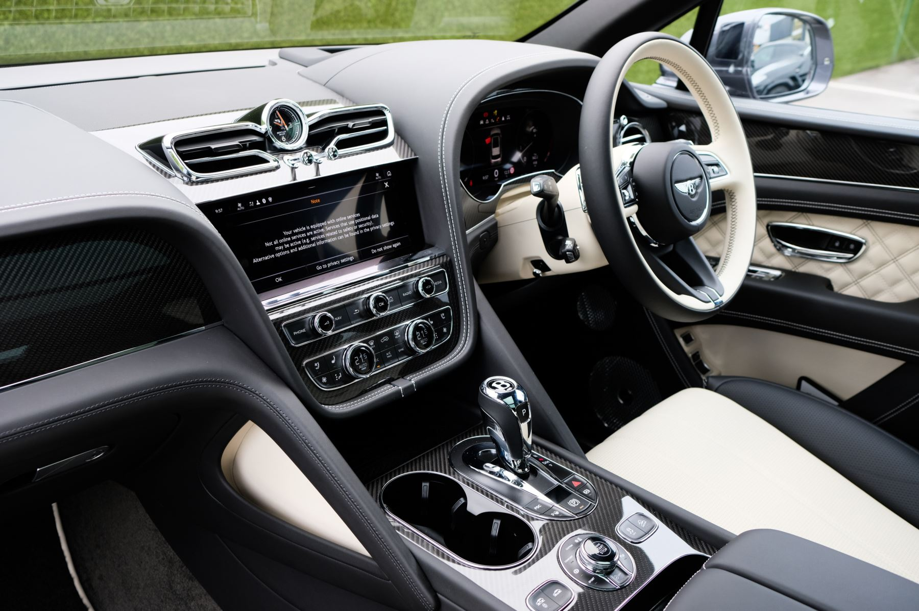 Bentley Bentayga 4.0 V8 5dr [4 Seat] - First Edition - All Terrain Specification image 13