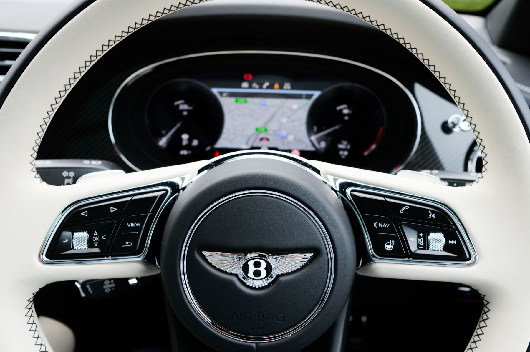 Bentley Bentayga 4.0 V8 5dr [4 Seat] - First Edition - All Terrain Specification image 18