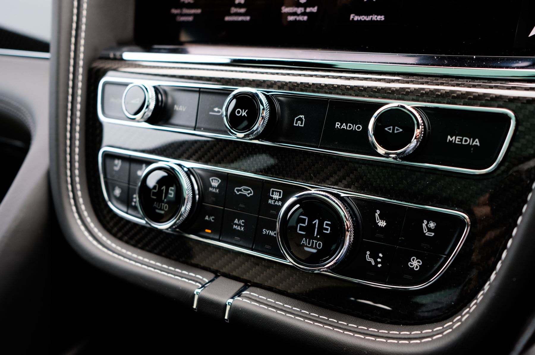 Bentley Bentayga 4.0 V8 5dr [4 Seat] - First Edition - All Terrain Specification image 27