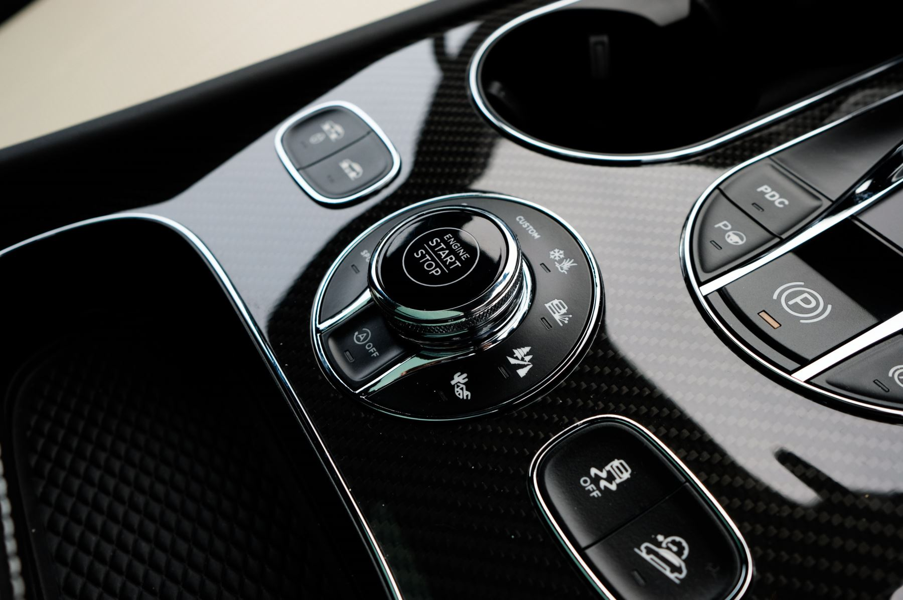 Bentley Bentayga 4.0 V8 5dr [4 Seat] - First Edition - All Terrain Specification image 29
