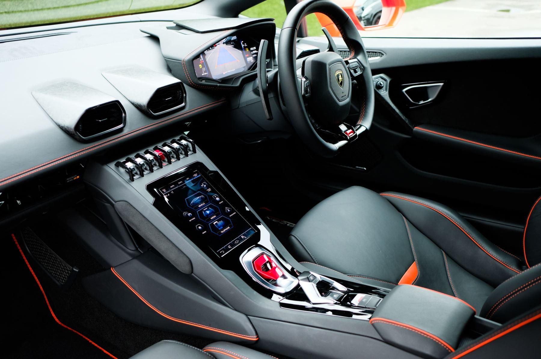 Lamborghini Huracan EVO LP 640-4 LDF image 7