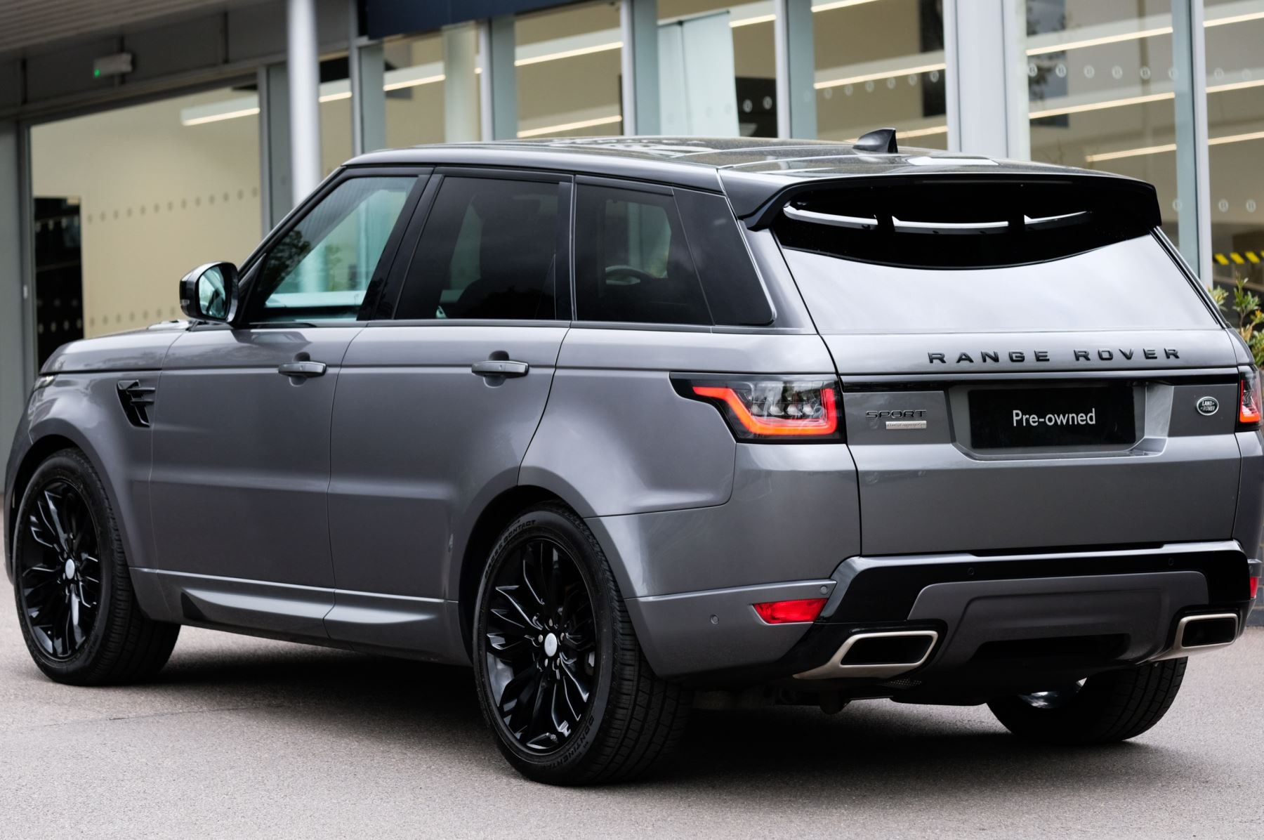 Land Rover Range Rover Sport 3.0 SDV6 Autobiography Dynamic 5dr [7 Seat] - Rear Seat Entertainment - 21 Inch Alloys image 6