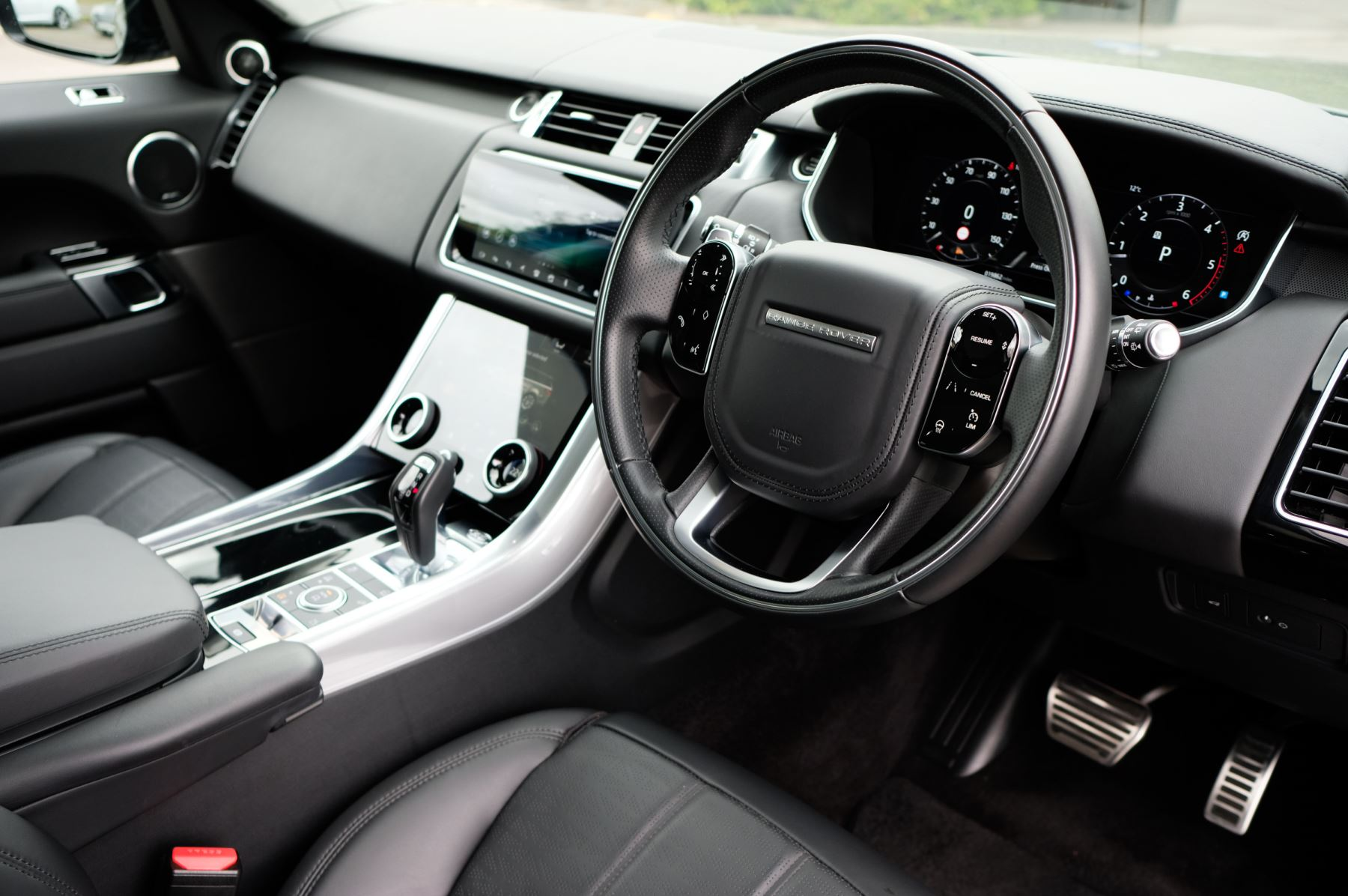 Land Rover Range Rover Sport 3.0 SDV6 Autobiography Dynamic 5dr [7 Seat] - Rear Seat Entertainment - 21 Inch Alloys image 11
