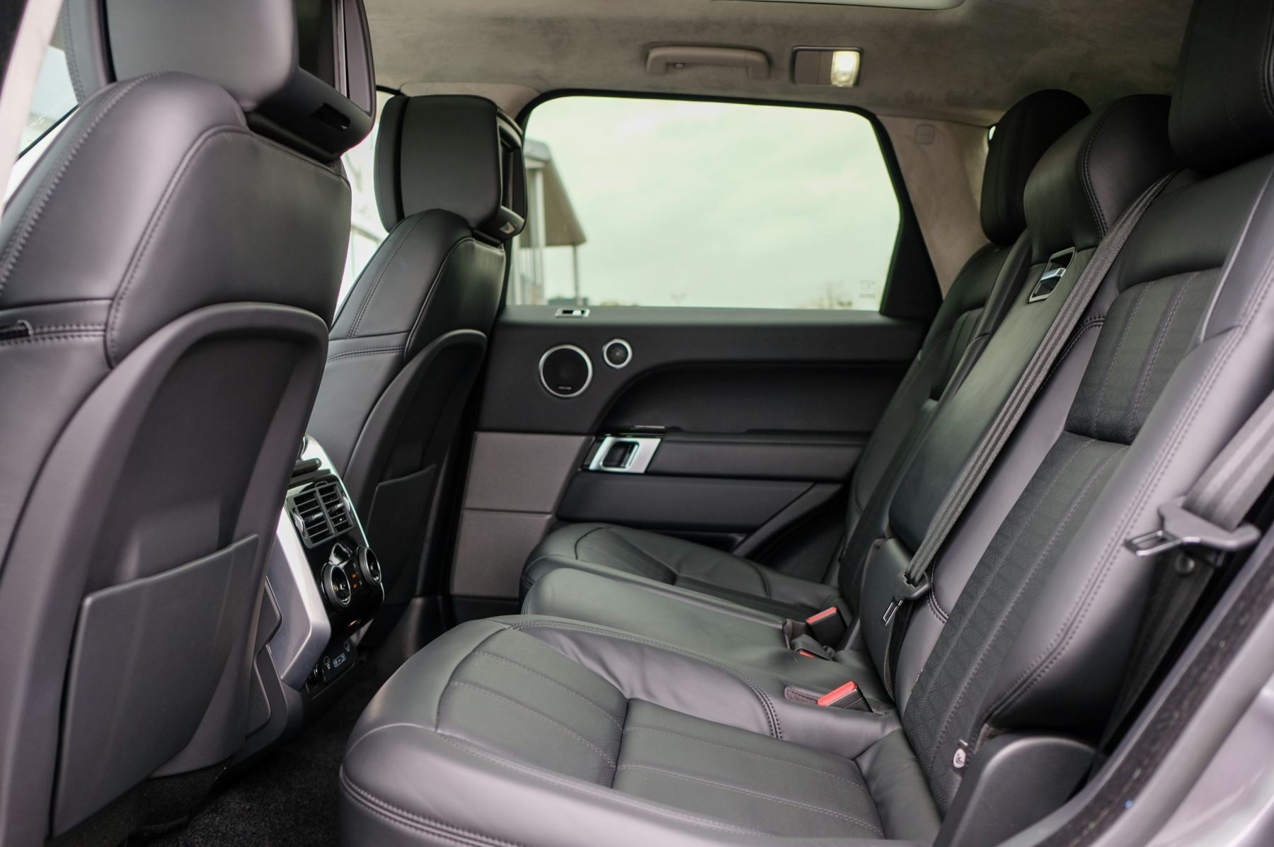 Land Rover Range Rover Sport 3.0 SDV6 Autobiography Dynamic 5dr [7 Seat] - Rear Seat Entertainment - 21 Inch Alloys image 15
