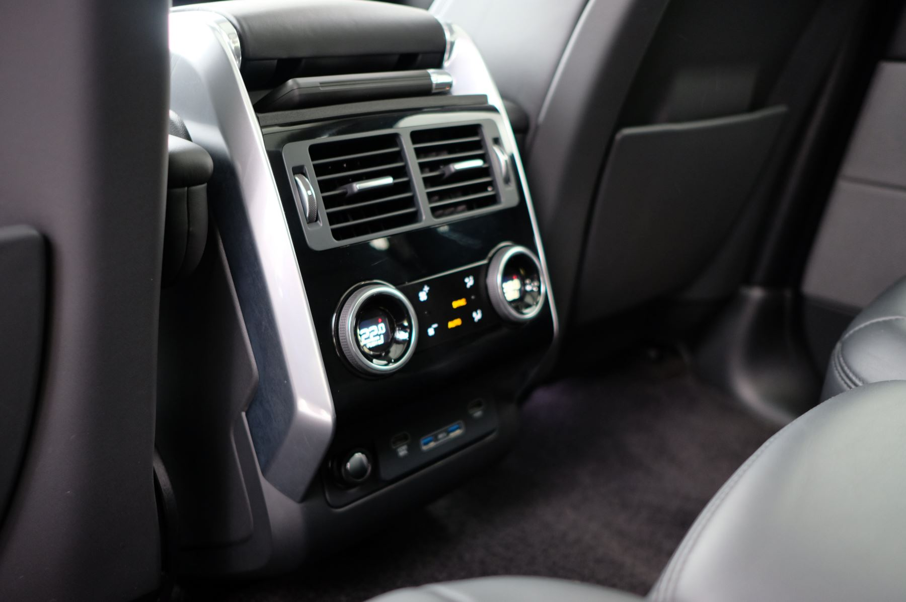 Land Rover Range Rover Sport 3.0 SDV6 Autobiography Dynamic 5dr [7 Seat] - Rear Seat Entertainment - 21 Inch Alloys image 16