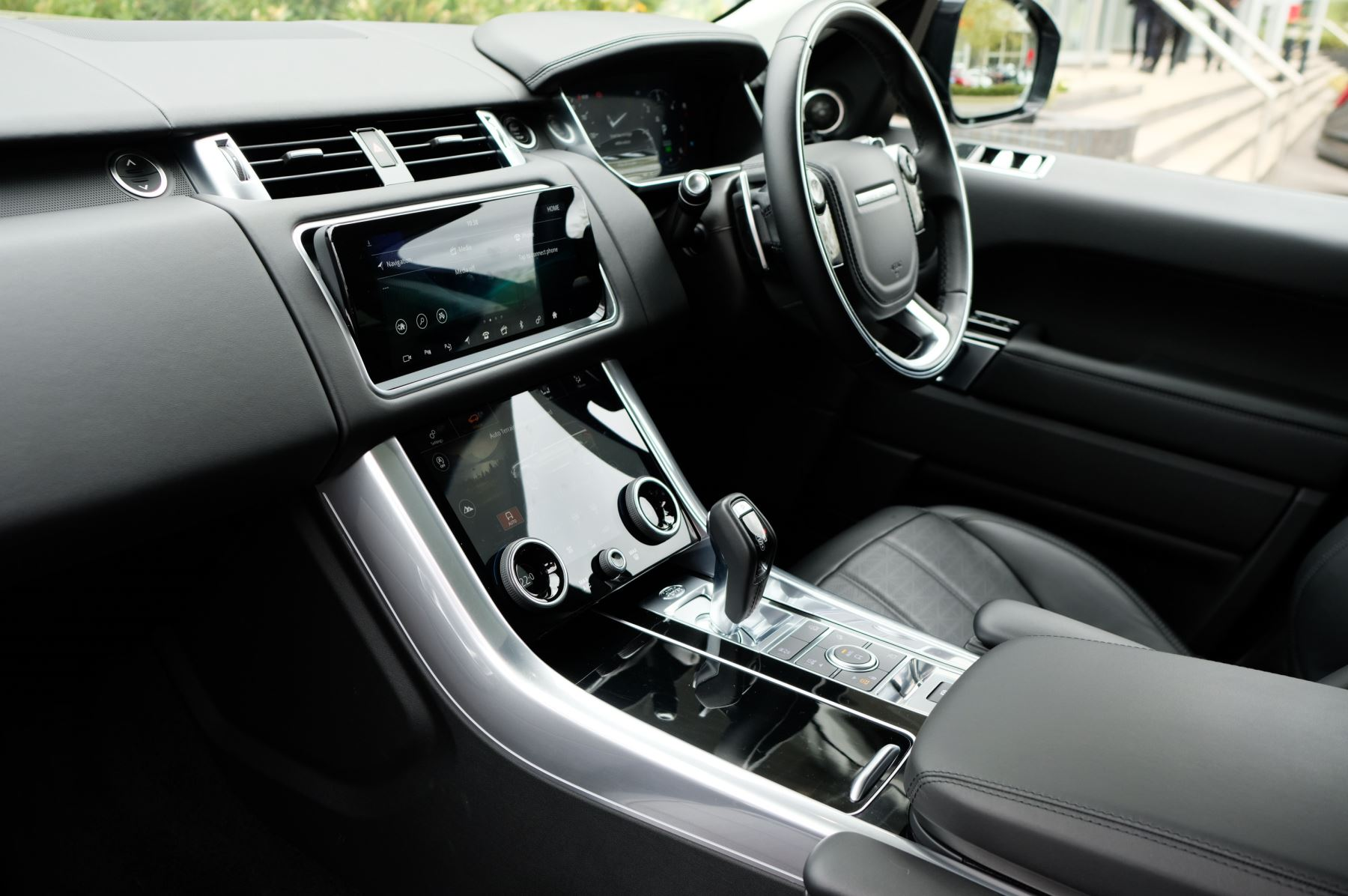 Land Rover Range Rover Sport 3.0 SDV6 Autobiography Dynamic 5dr [7 Seat] - Rear Seat Entertainment - 21 Inch Alloys image 19