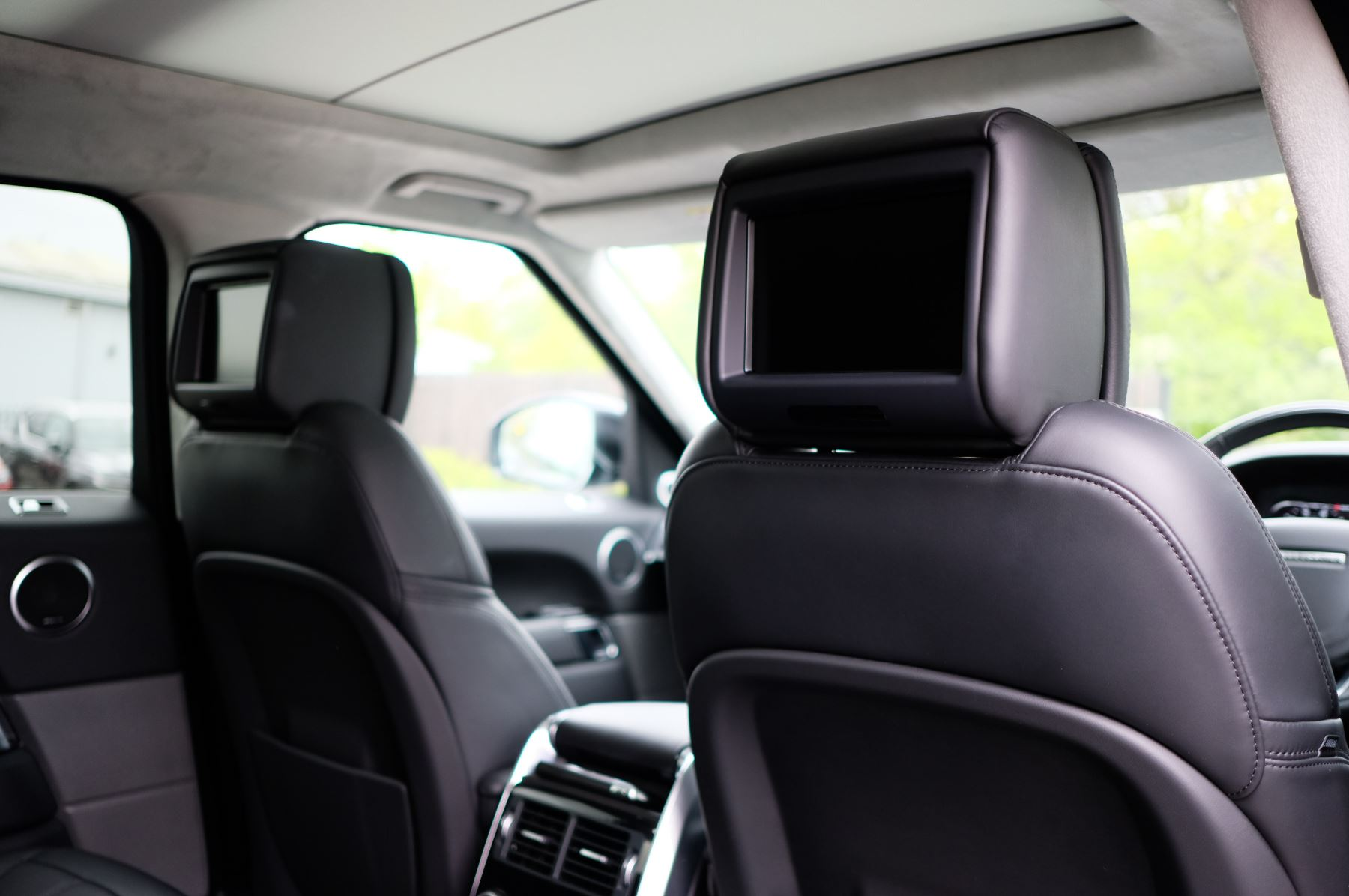 Land Rover Range Rover Sport 3.0 SDV6 Autobiography Dynamic 5dr [7 Seat] - Rear Seat Entertainment - 21 Inch Alloys image 22