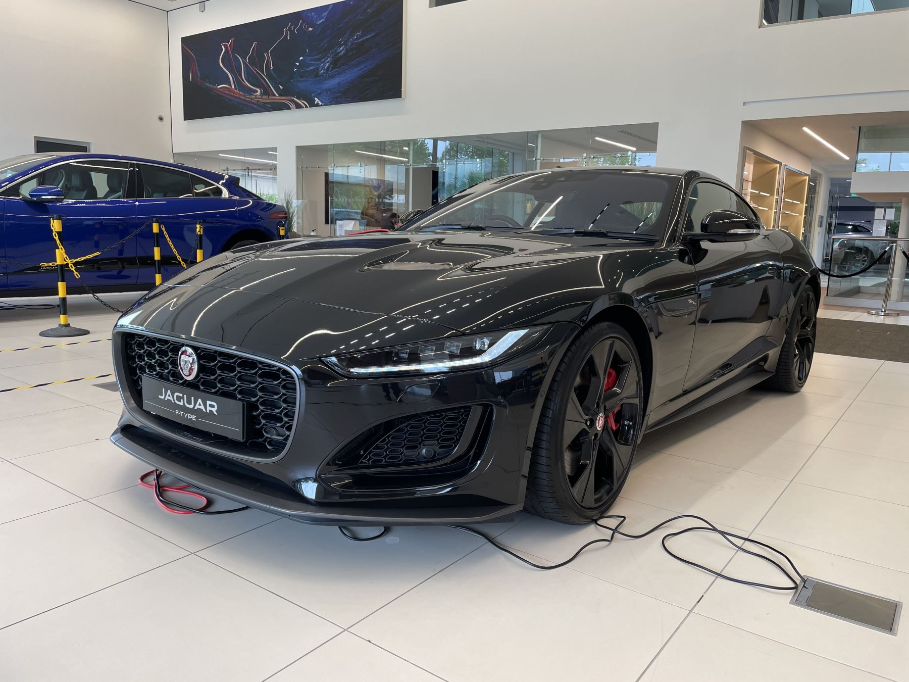 Jaguar F-TYPE 5.0 P450 S/C V8 First Edition AWD SPECIAL EDITIONS image 1