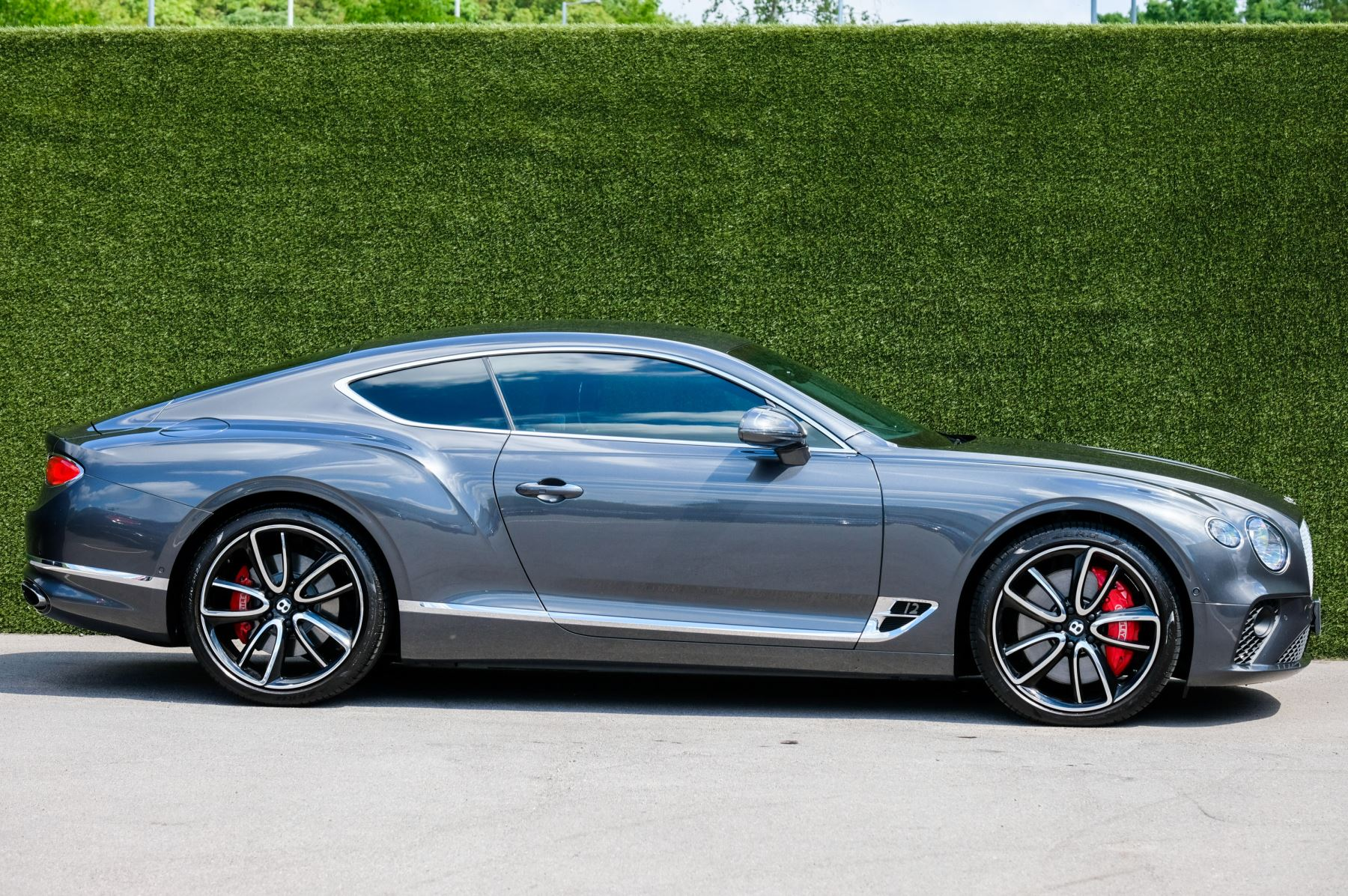 Bentley Continental GT 6.0 W12 - Mulliner Driving Specification image 3