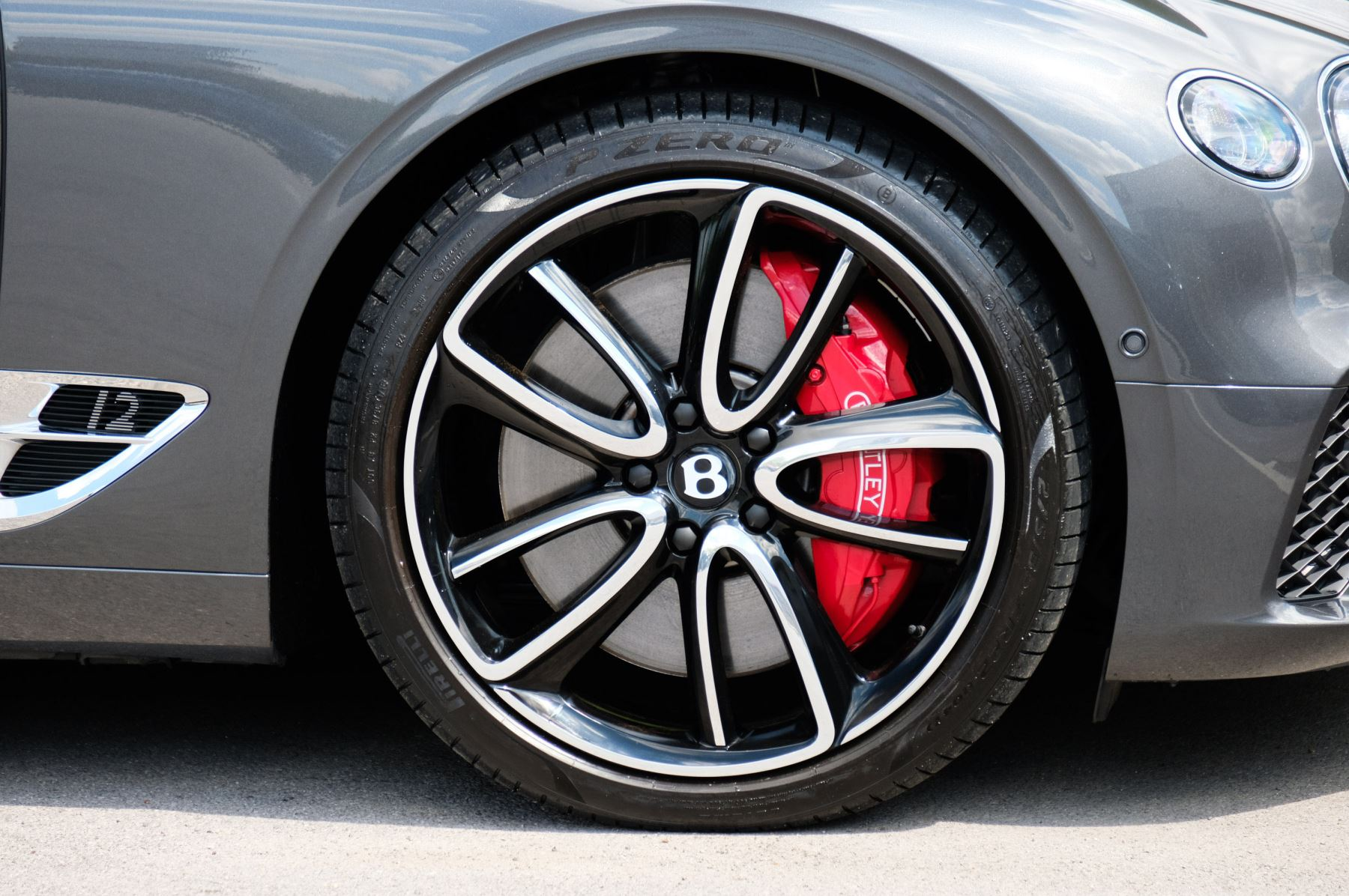 Bentley Continental GT 6.0 W12 - Mulliner Driving Specification image 8