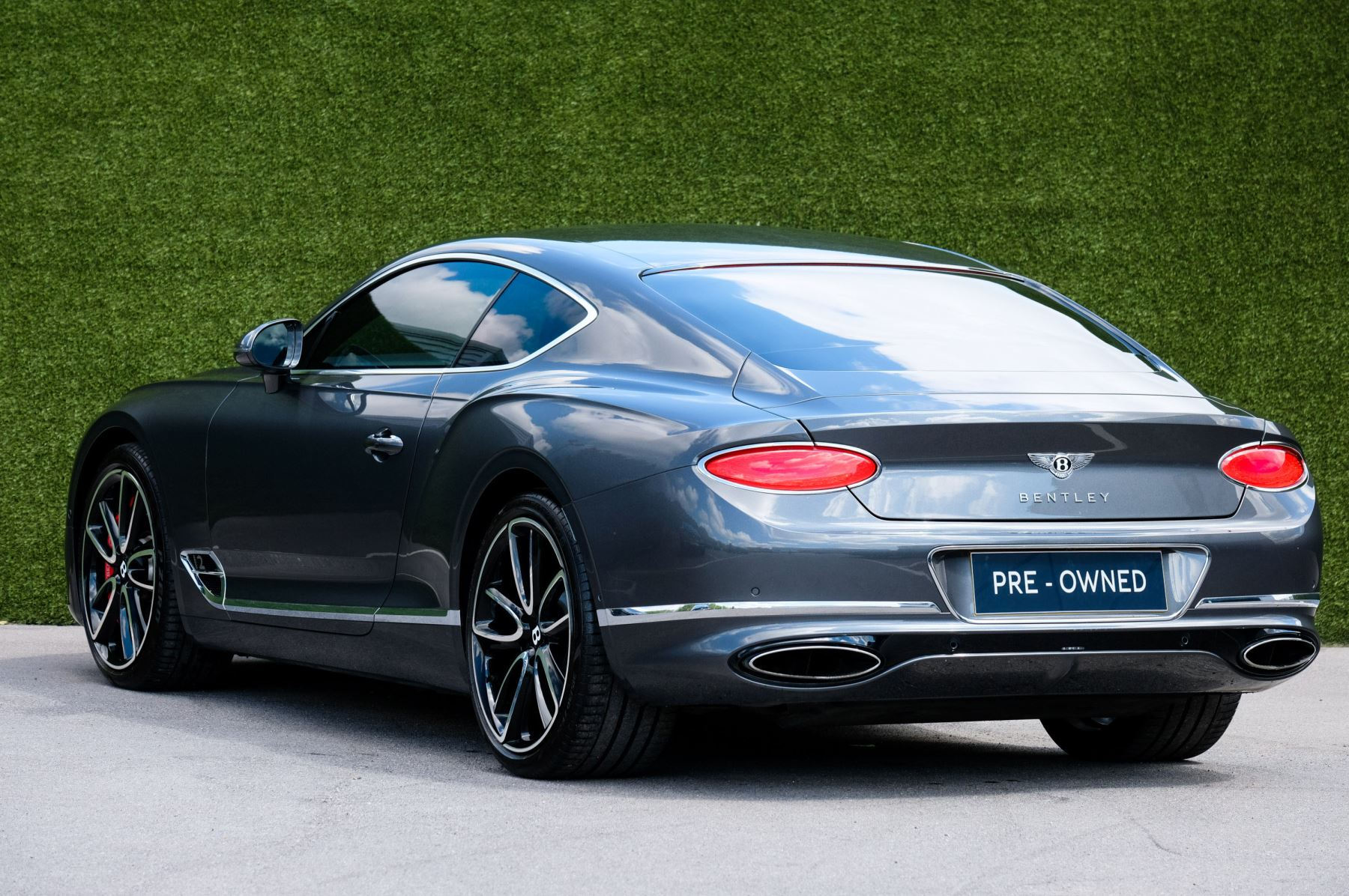 Bentley Continental GT 6.0 W12 - Mulliner Driving Specification image 5