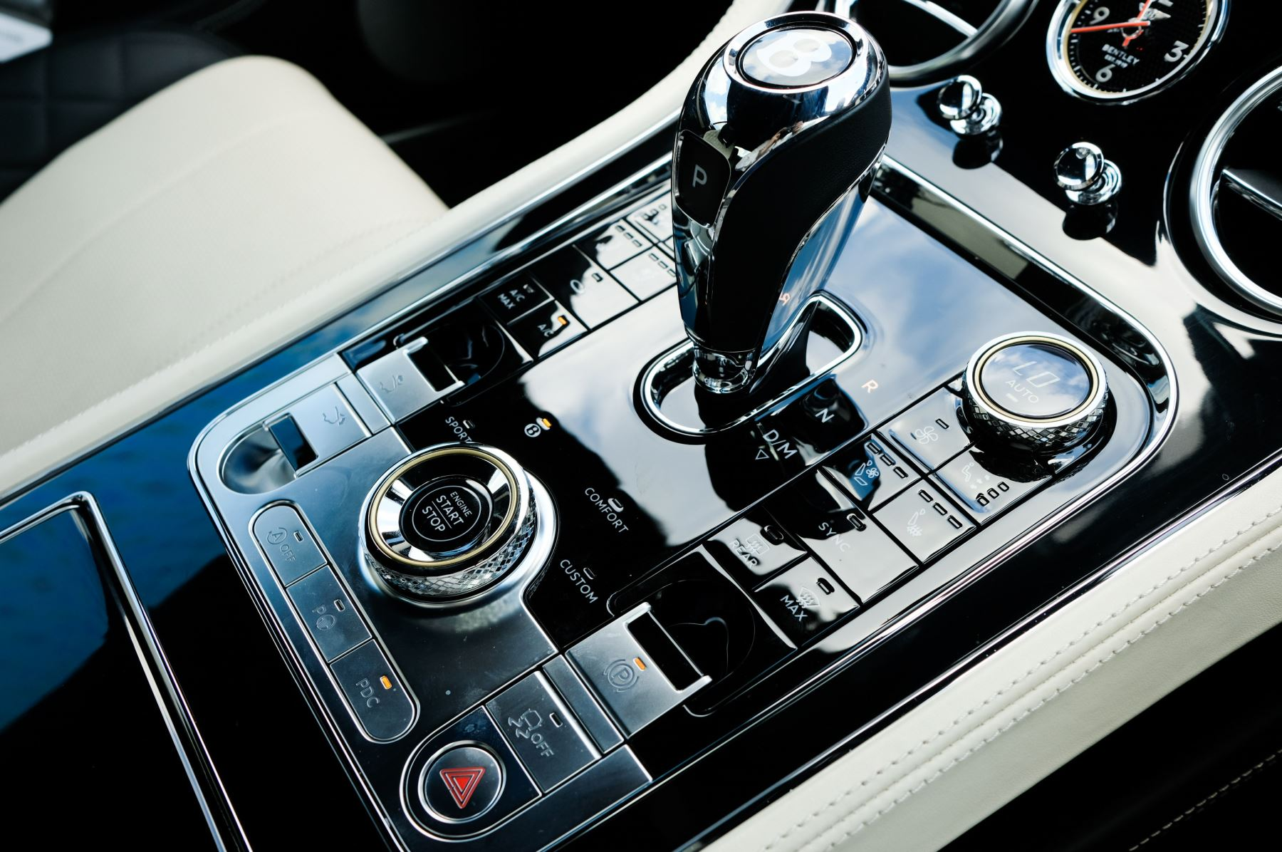 Bentley Continental GT 6.0 W12 - Mulliner Driving Specification image 22