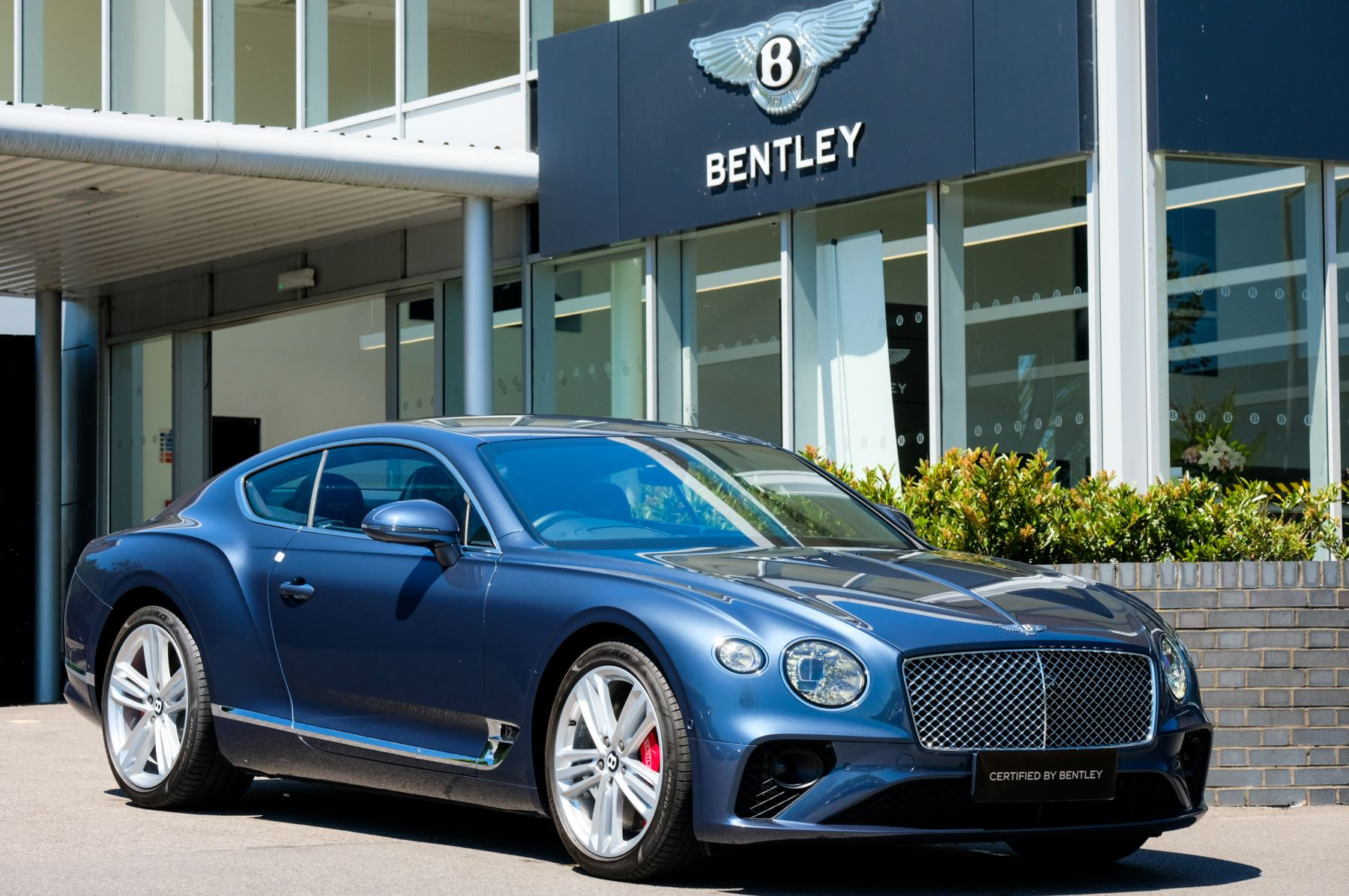 Bentley Continental GT 6.0 W12 - CITY + TOURING SPECIFICATION image 1