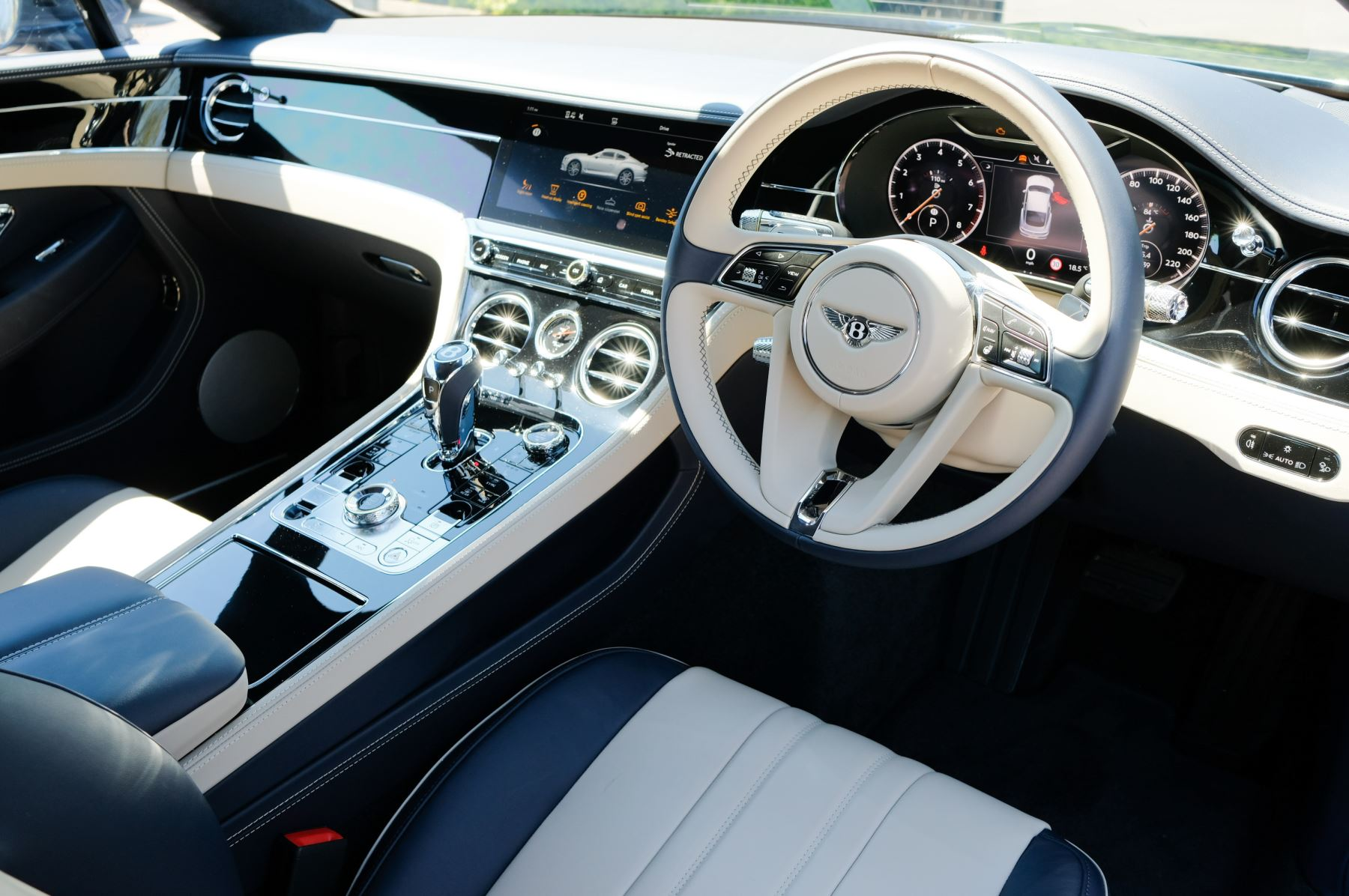 Bentley Continental GT 6.0 W12 - CITY + TOURING SPECIFICATION image 12
